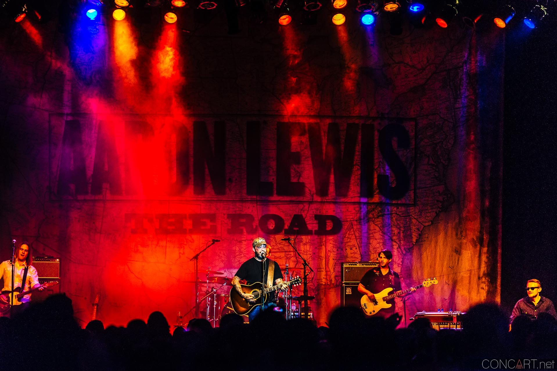 aaron_lewis_live_old_national_egyptian_room_indianapolis_2014-03