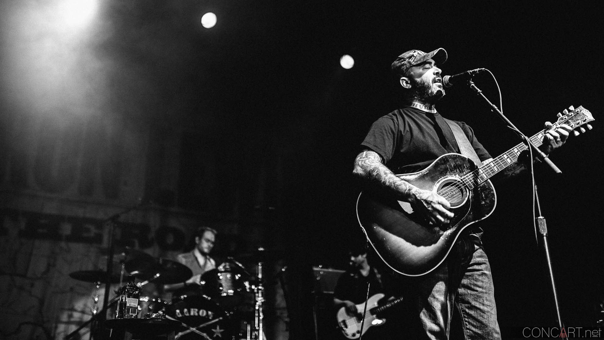 aaron_lewis_live_old_national_egyptian_room_indianapolis_2014-06
