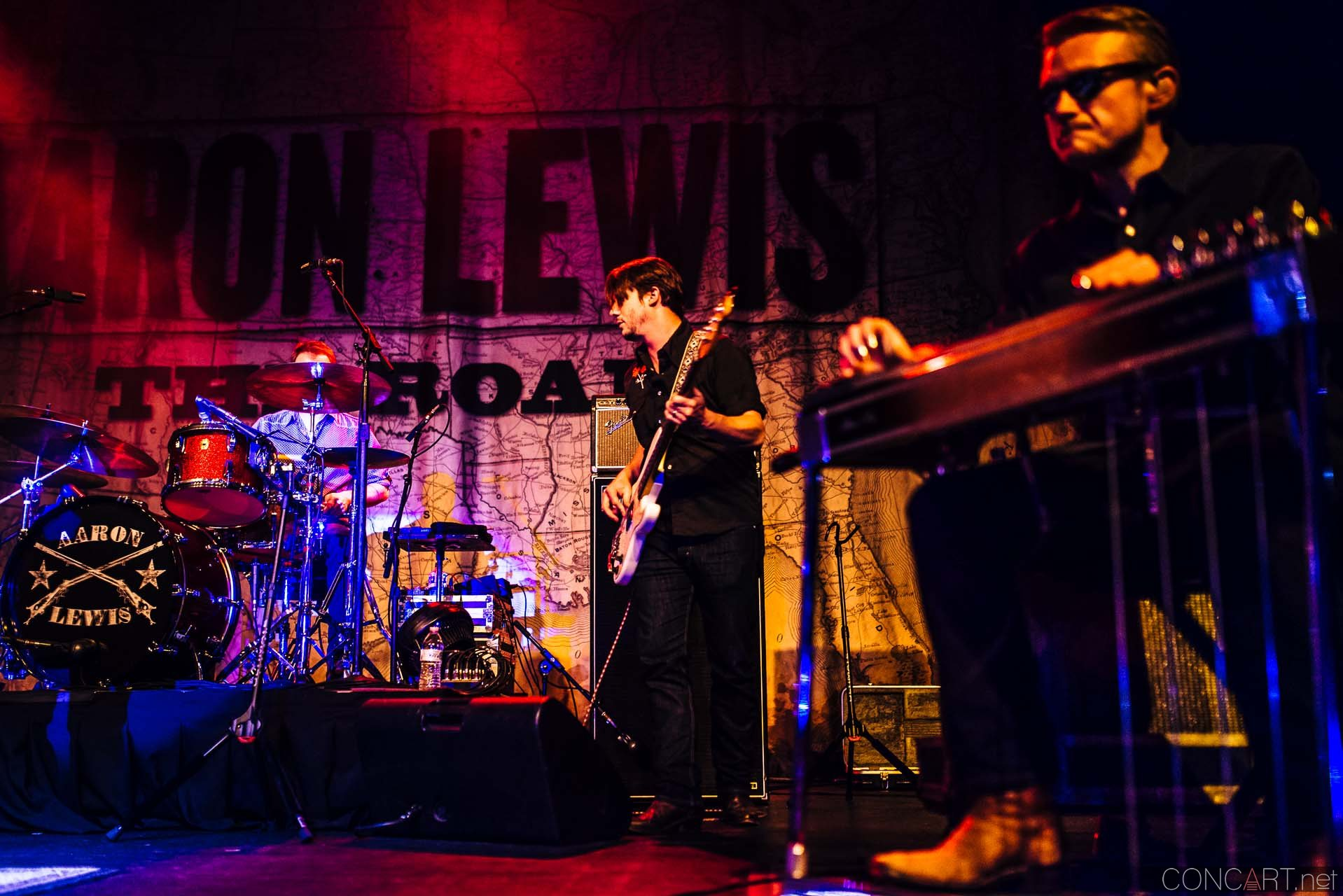 aaron_lewis_live_old_national_egyptian_room_indianapolis_2014-13