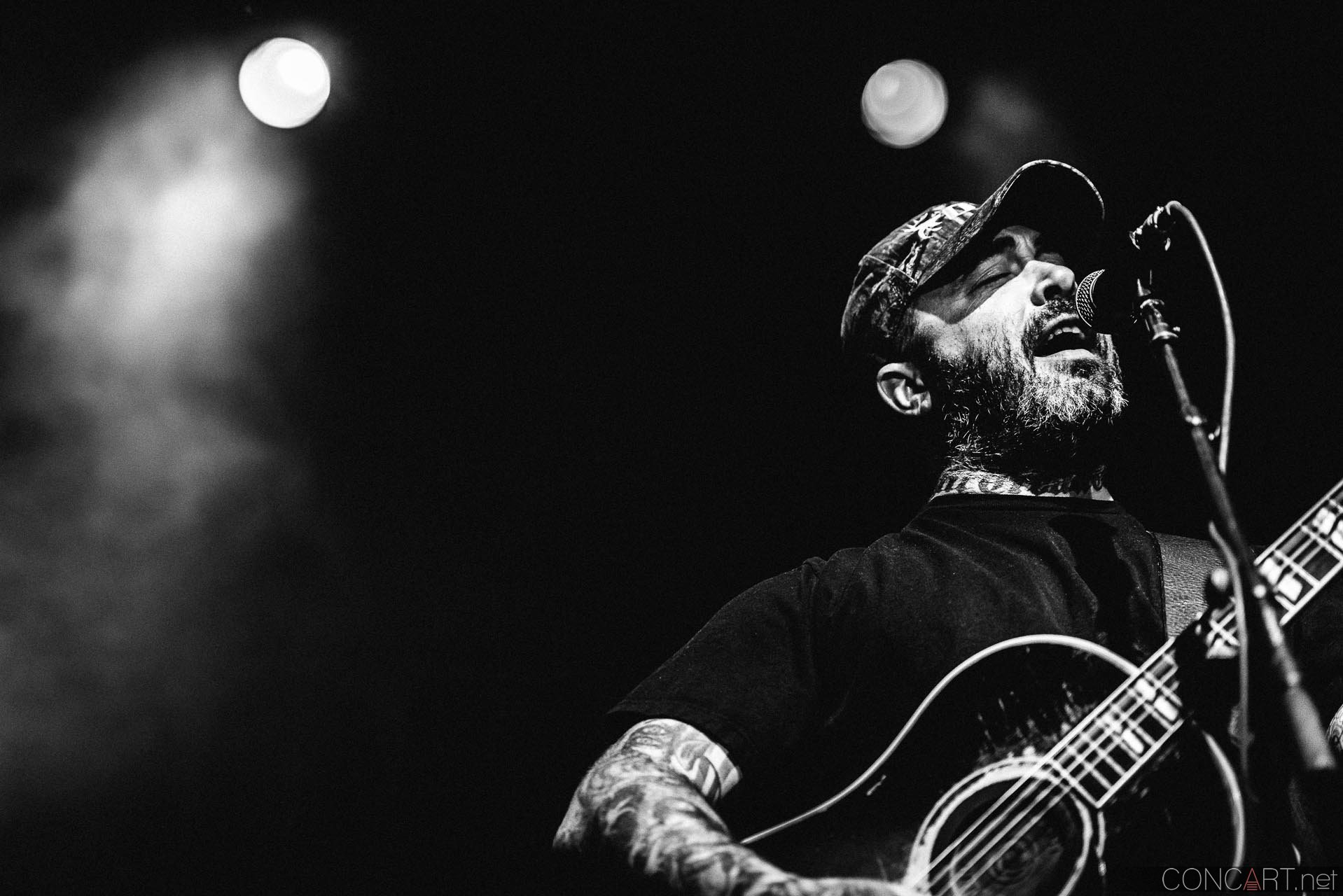 aaron_lewis_live_old_national_egyptian_room_indianapolis_2014-20