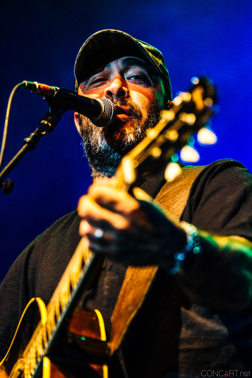 aaron_lewis_live_old_national_egyptian_room_indianapolis_2014-24