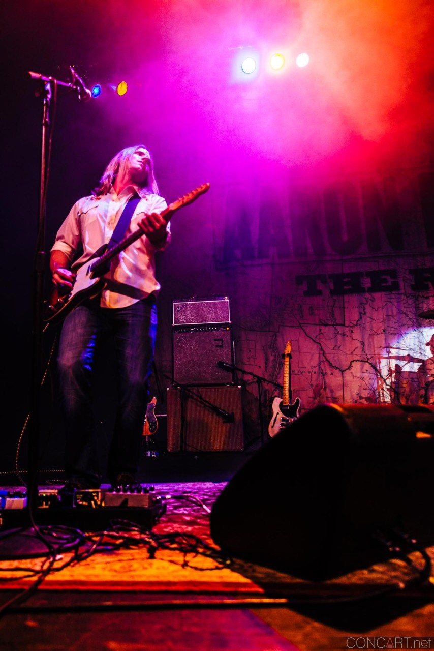 aaron_lewis_live_old_national_egyptian_room_indianapolis_2014-27
