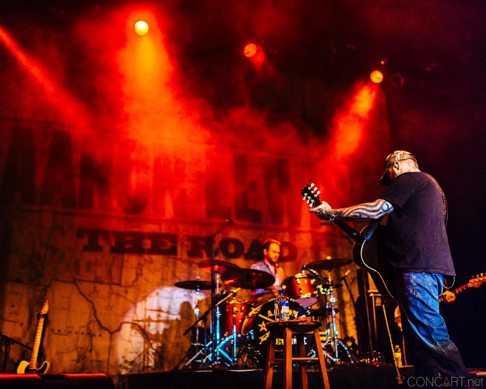 aaron_lewis_live_old_national_egyptian_room_indianapolis_2014-32
