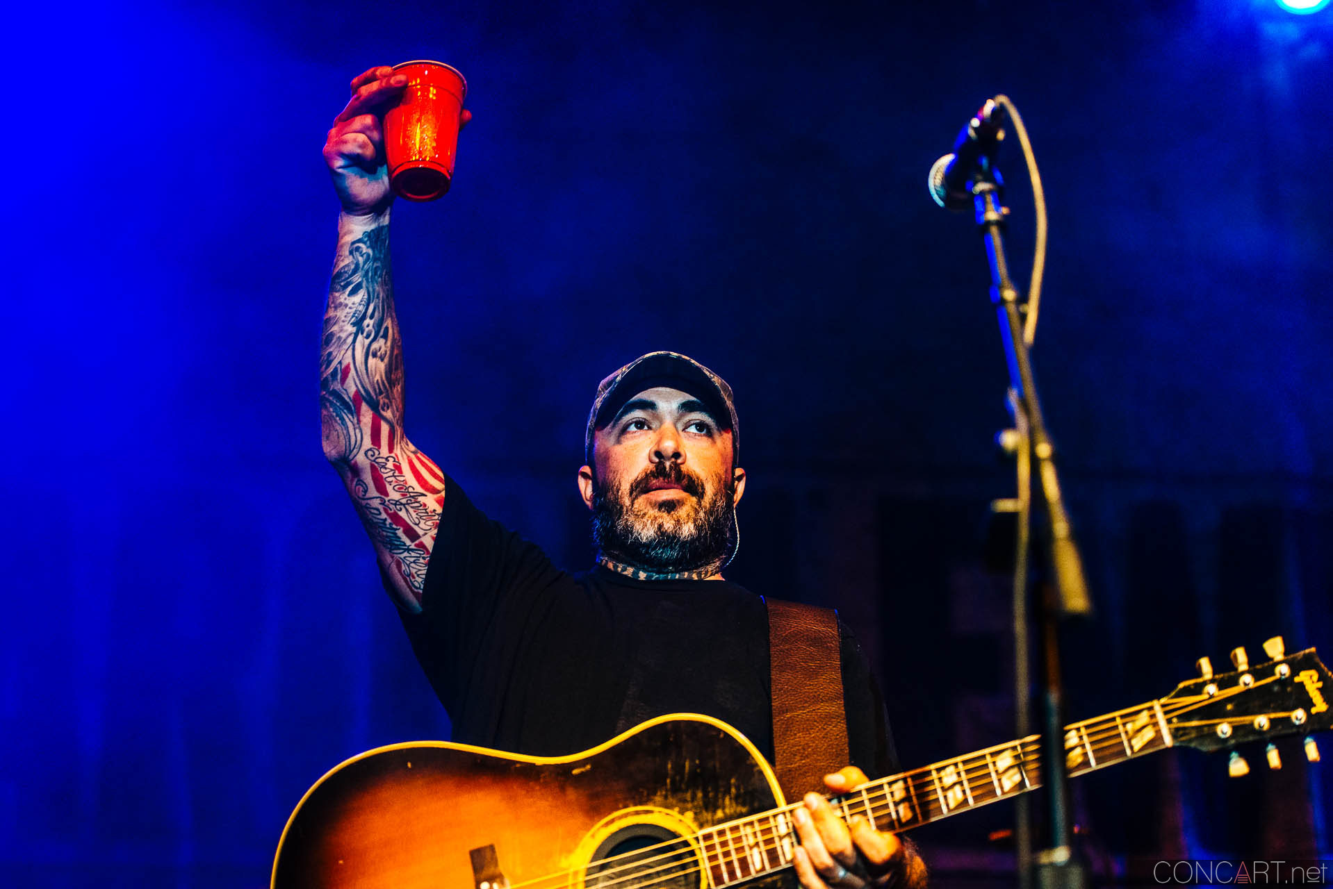 aaron_lewis_live_old_national_egyptian_room_indianapolis_2014-34