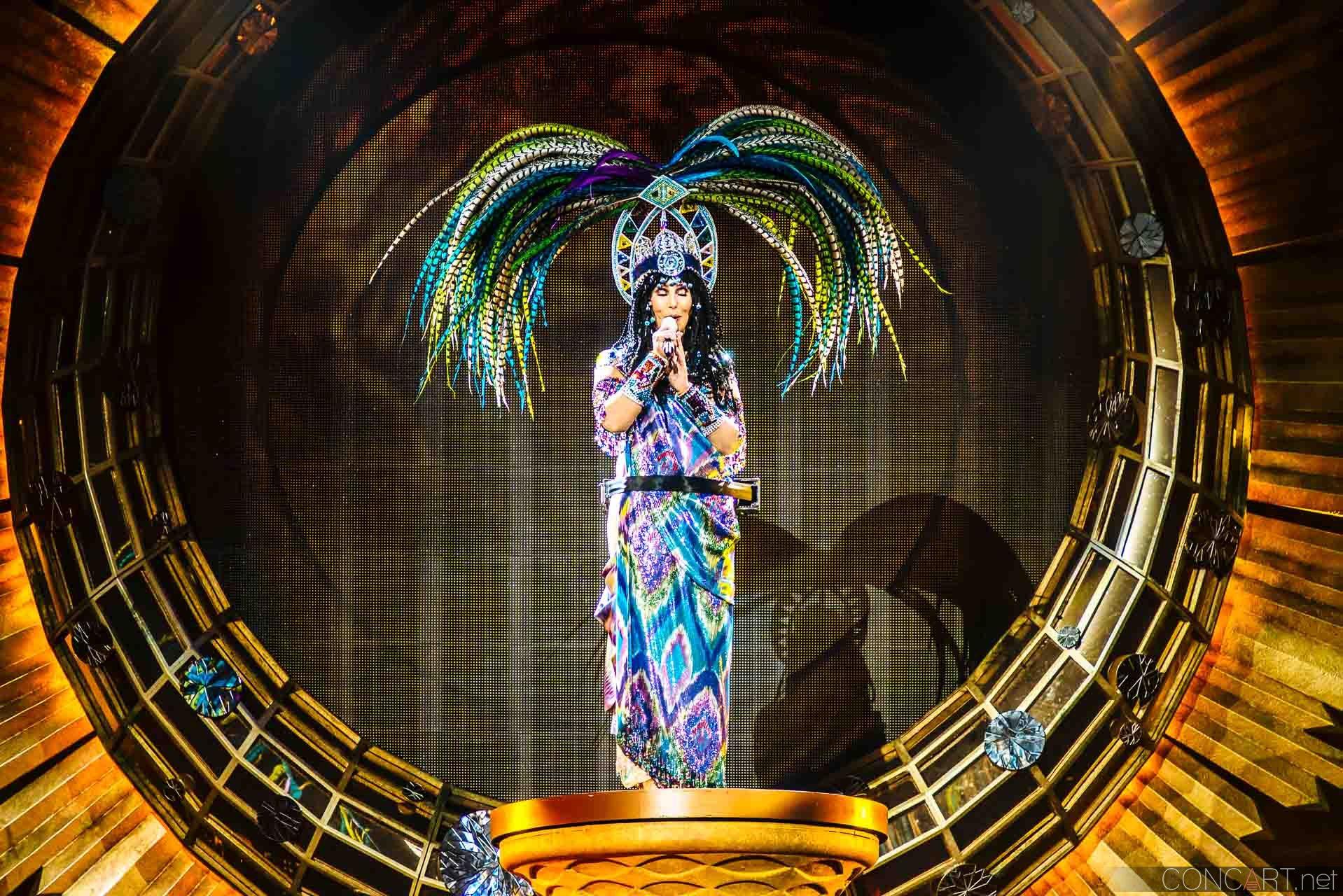 Cher photo by Sean Molin 26