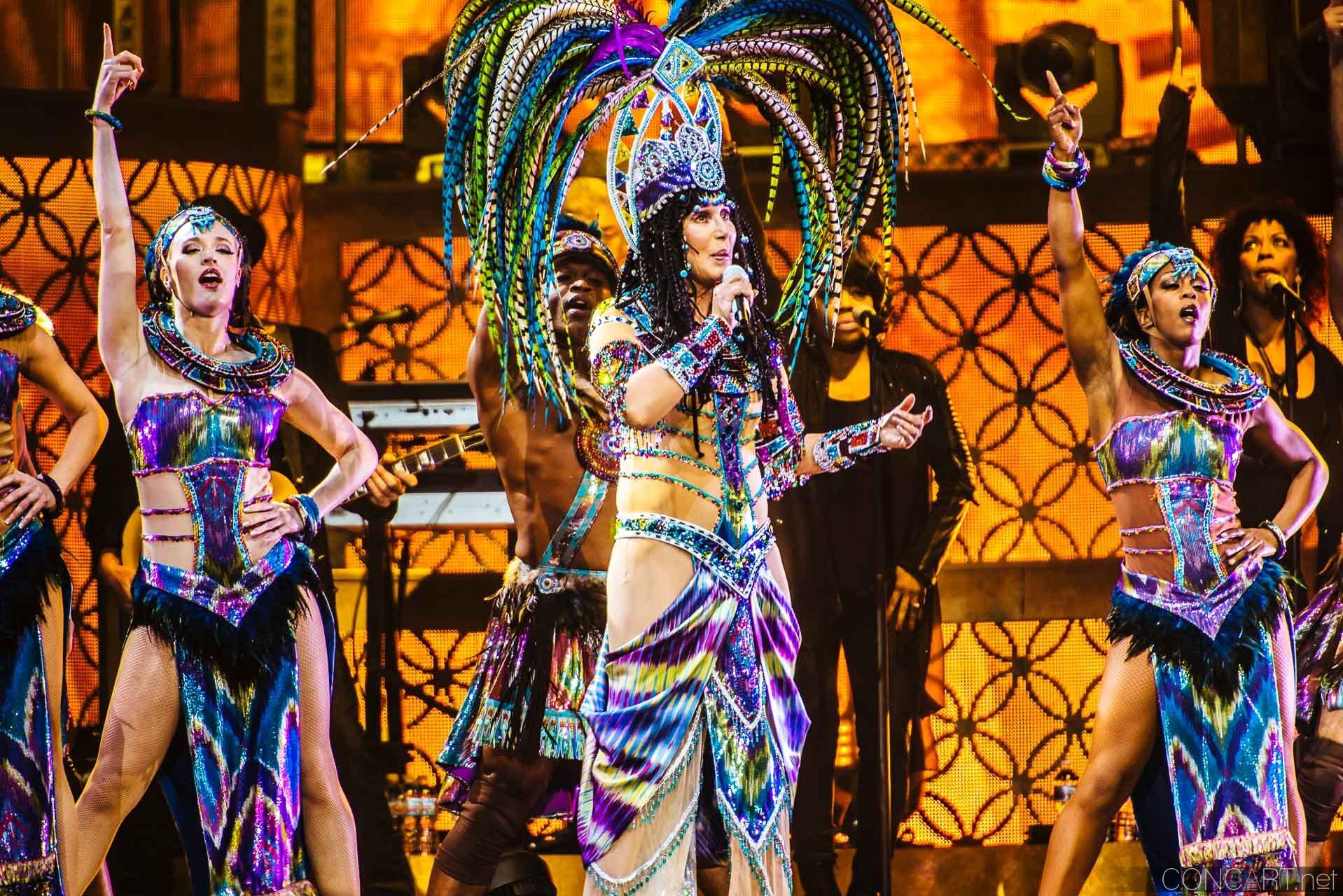 Cher photo by Sean Molin 17