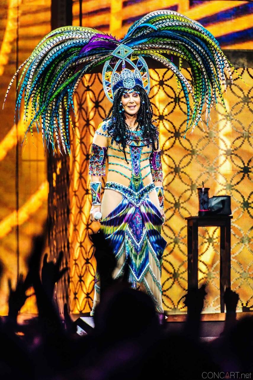Cher photo by Sean Molin 14