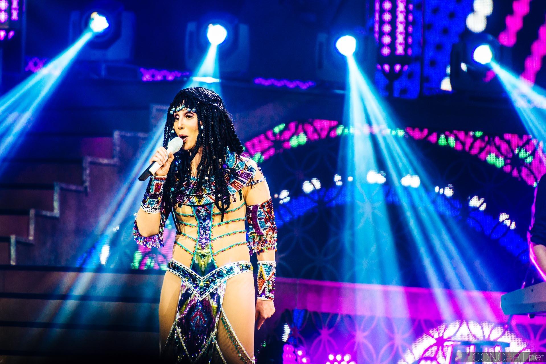 Cher photo by Sean Molin 10