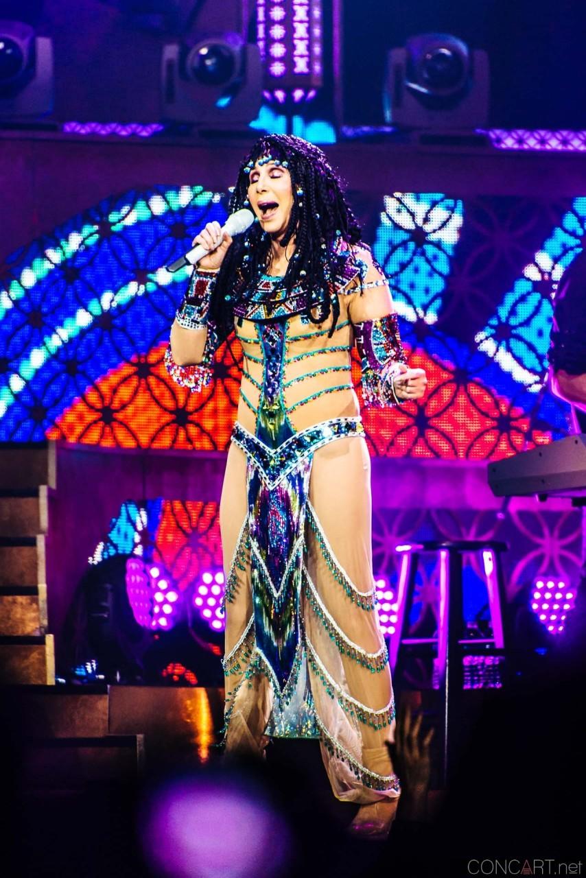 Cher photo by Sean Molin 9