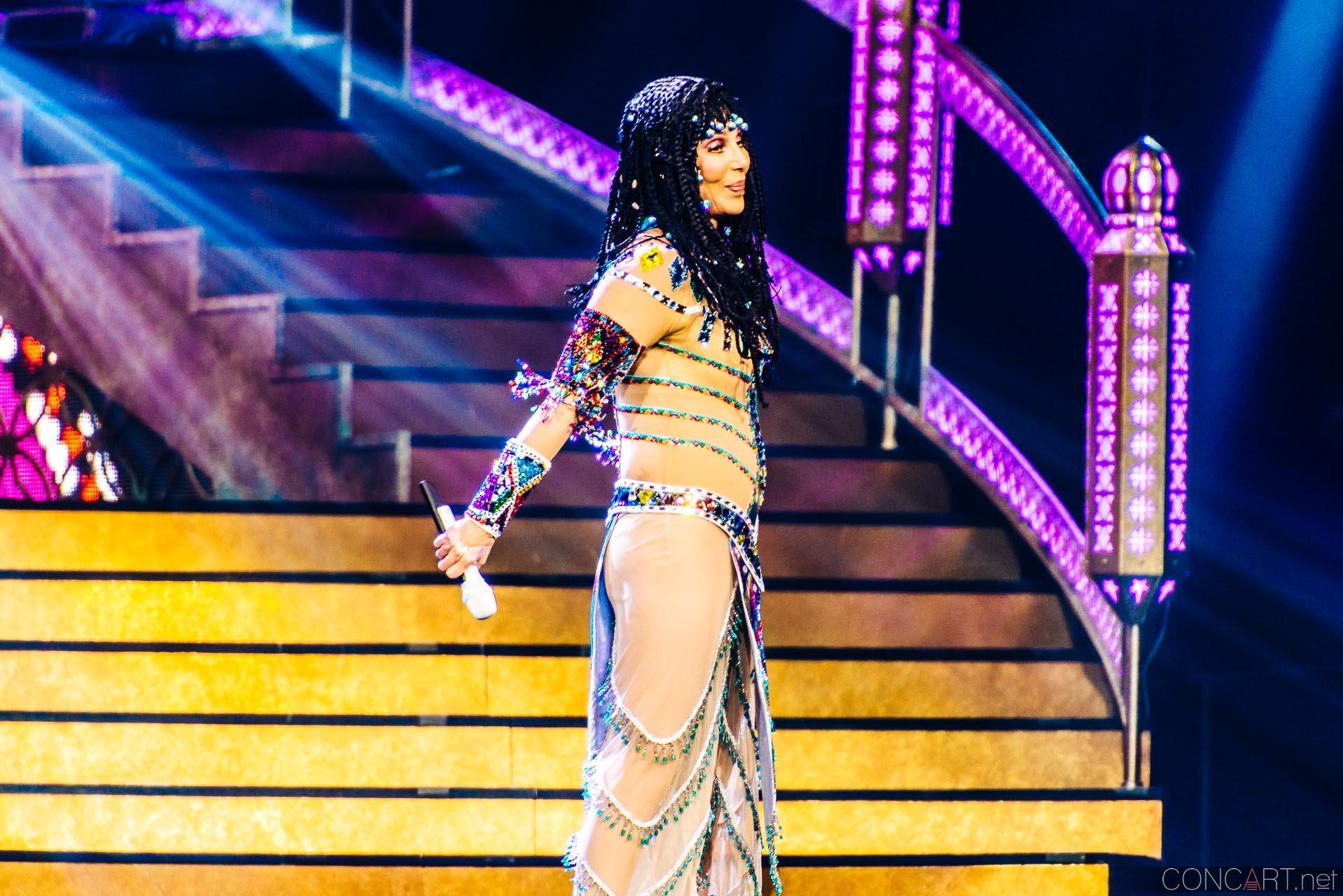 Cher photo by Sean Molin 7