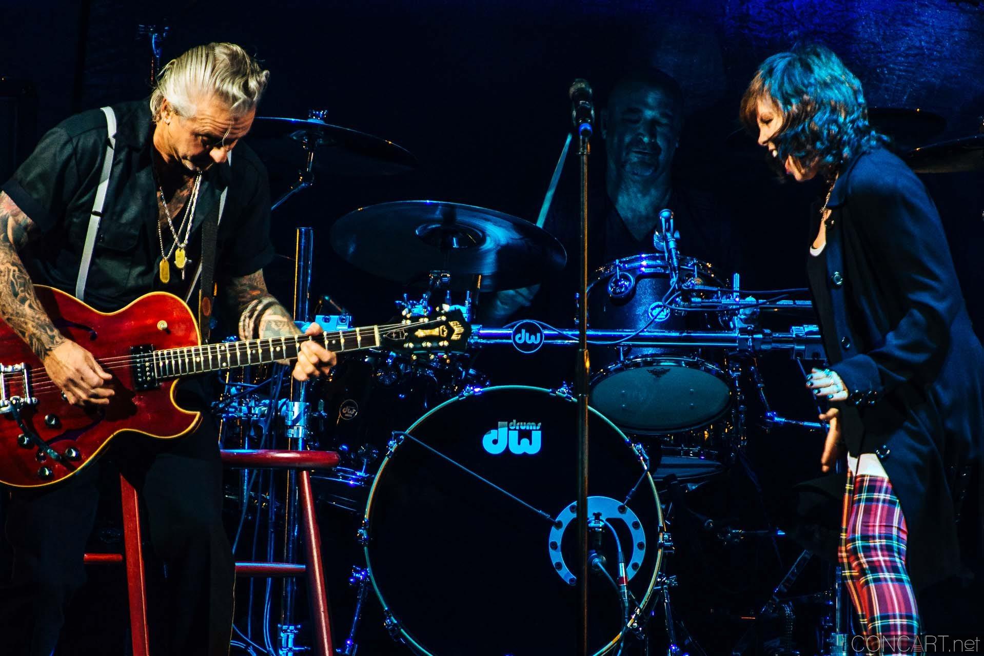 Pat Benatar & Neil Giraldo photo by Sean Molin 20