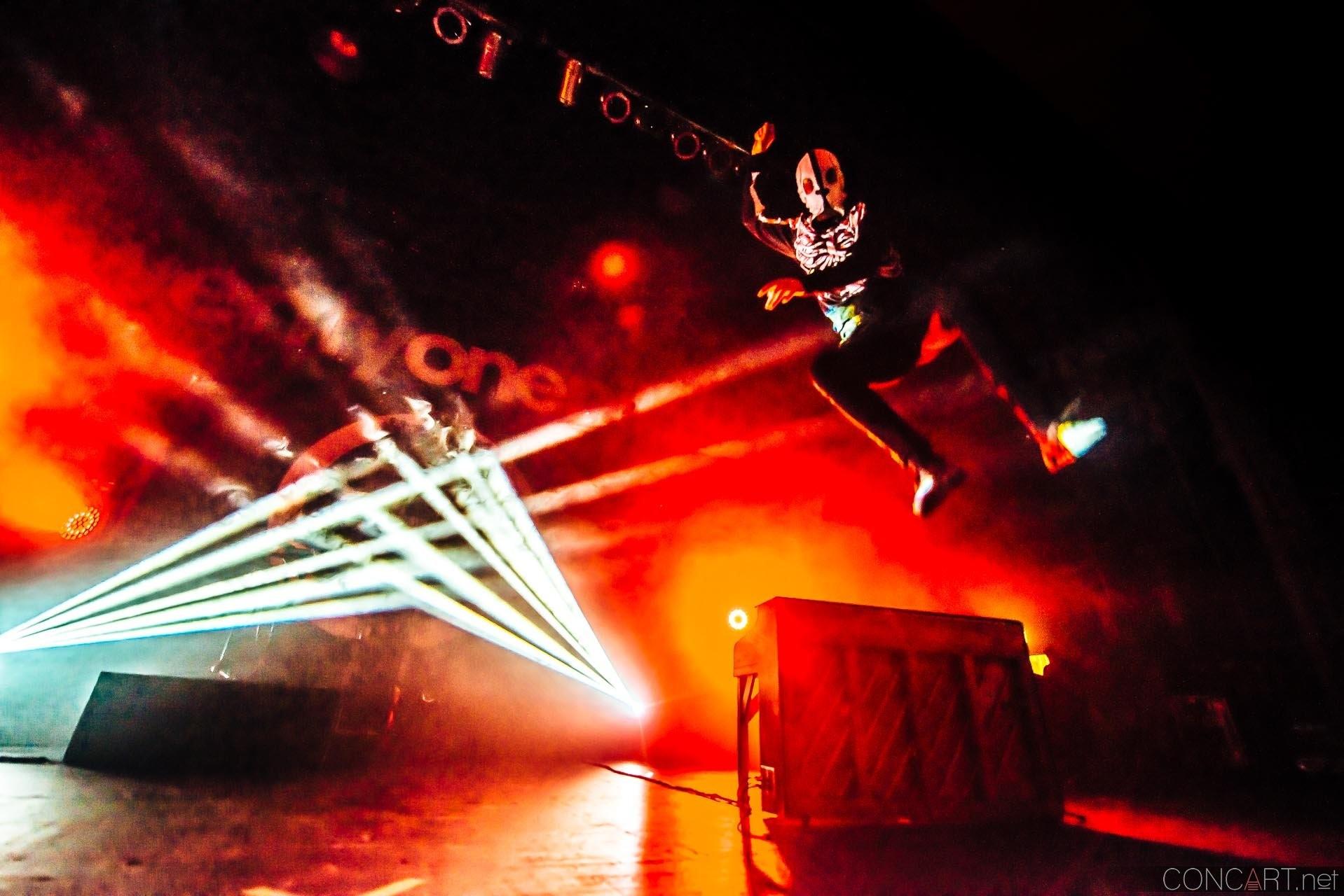 Twenty One Pilots photo by Sean Molin 16