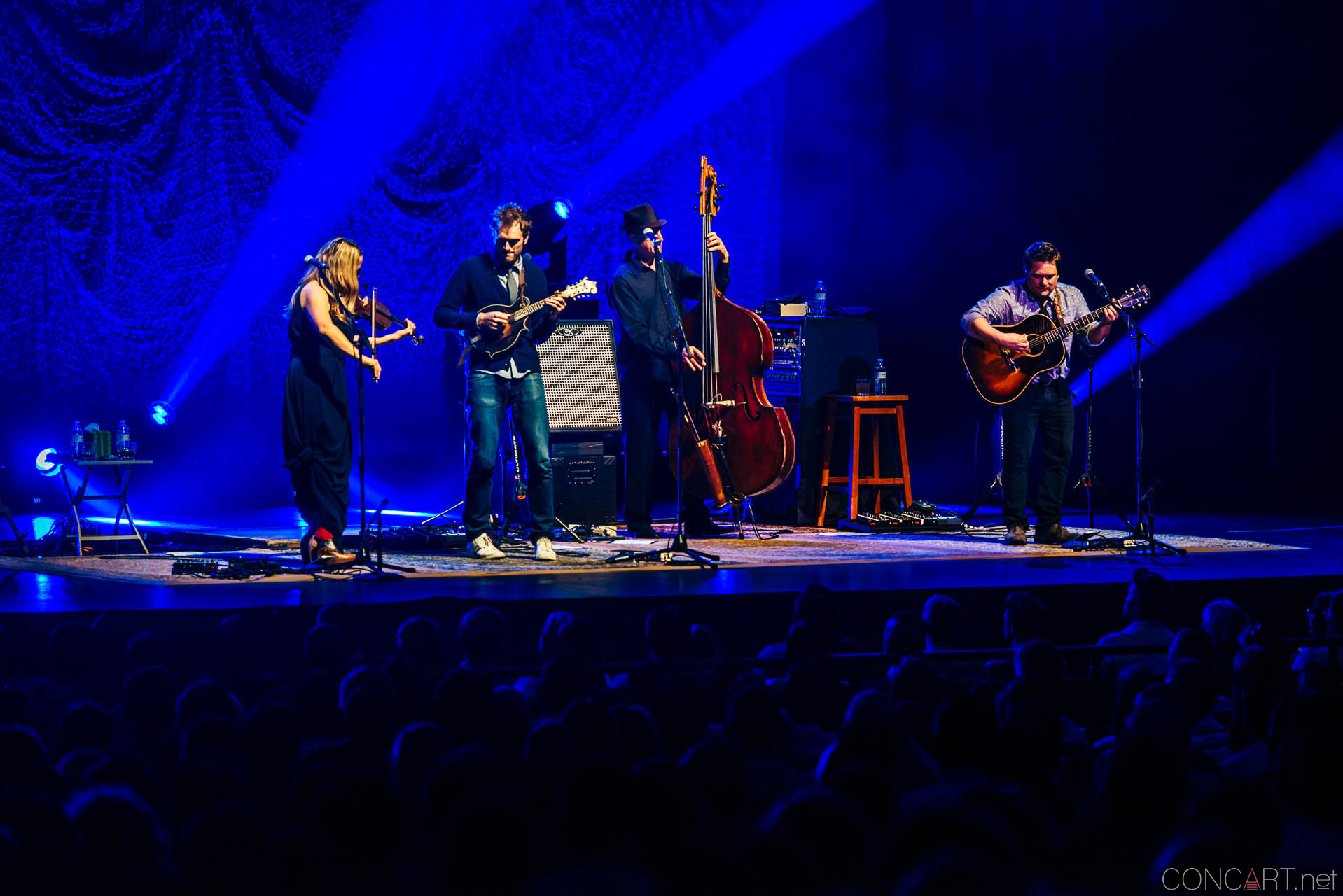 nickel_creek_old_national_centre_murat_theatre_indianapolis_2014-08