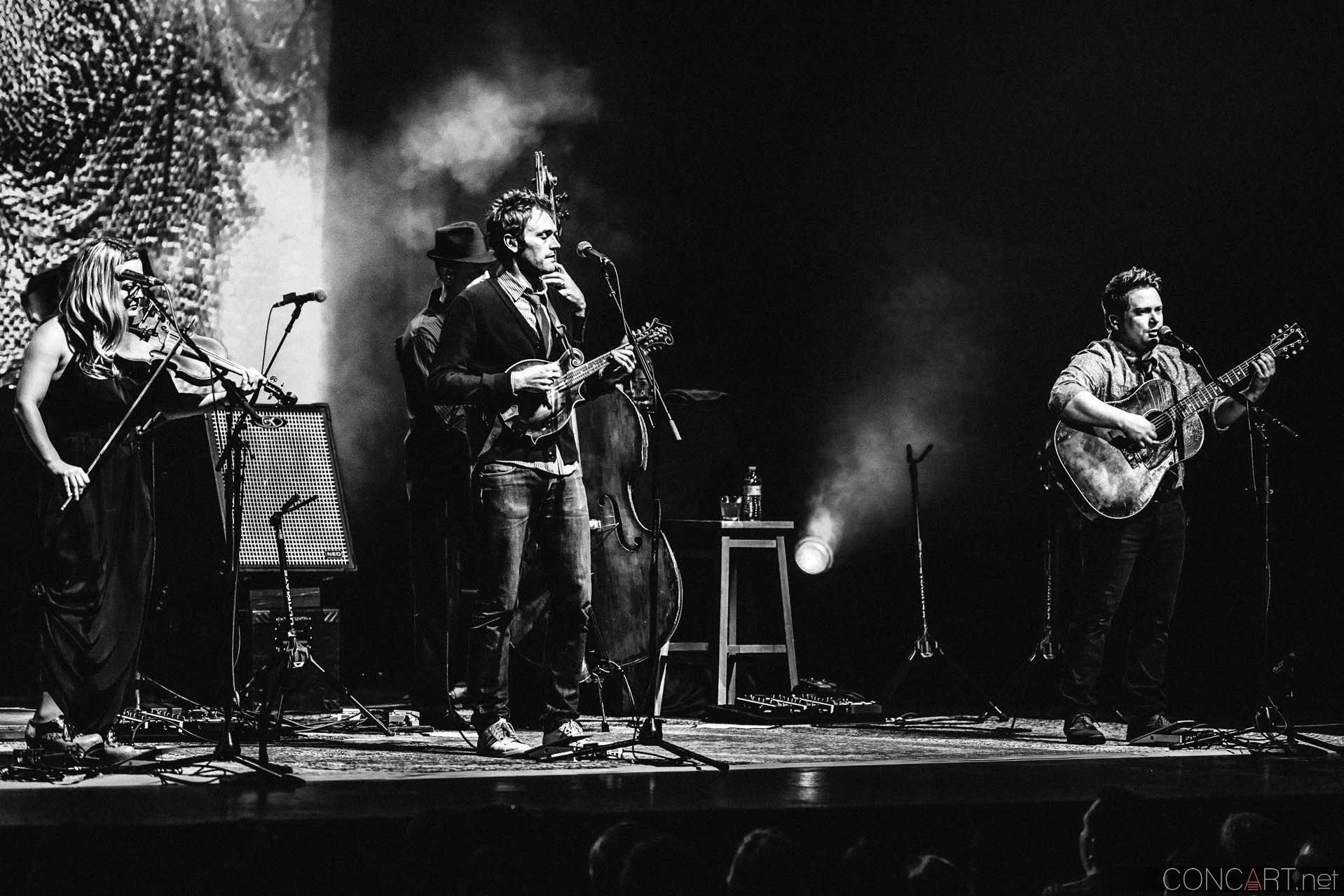 nickel_creek_old_national_centre_murat_theatre_indianapolis_2014-17