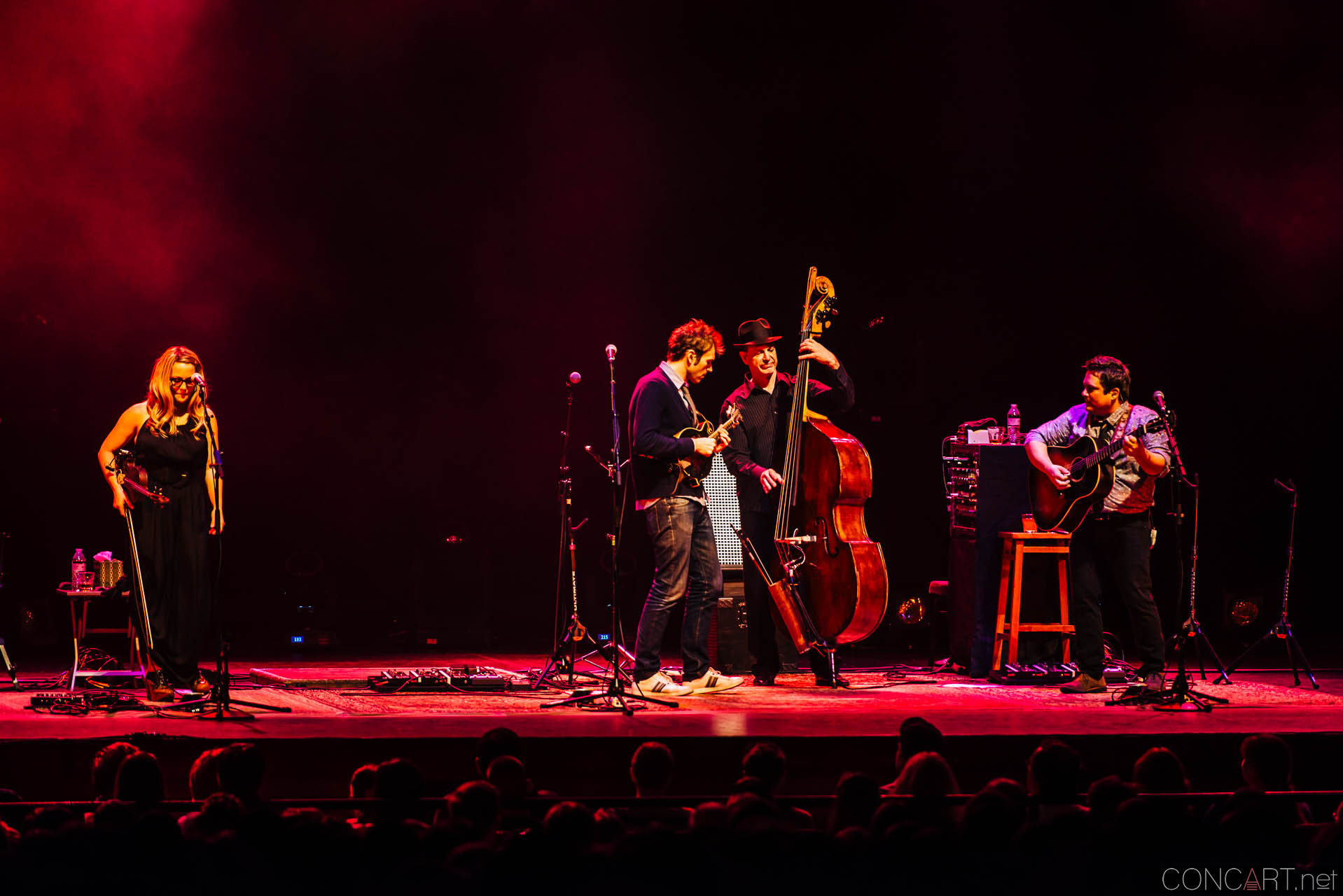 nickel_creek_old_national_centre_murat_theatre_indianapolis_2014-21