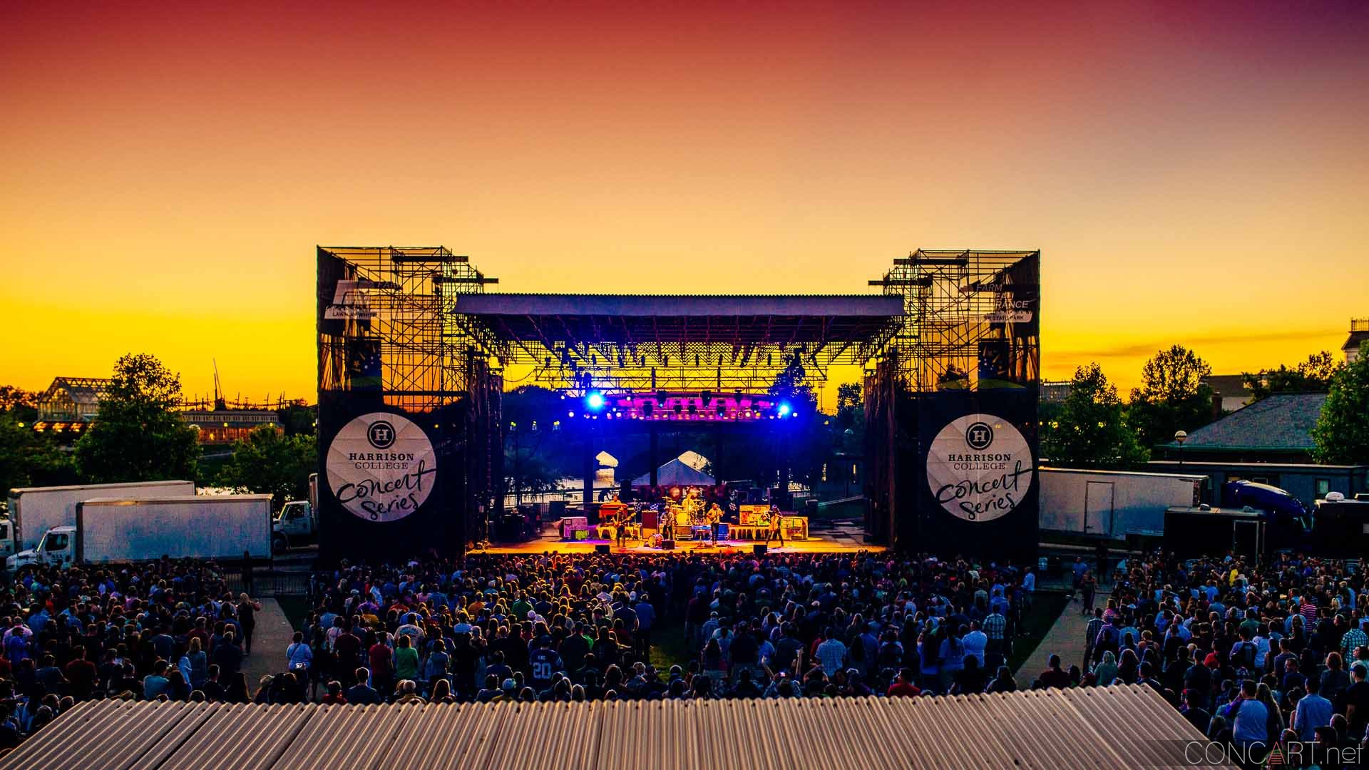 avett_brothers_lawn_white_river_indianapolis_2014-01