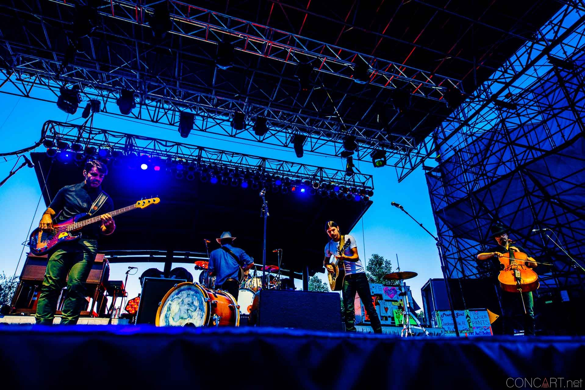 avett_brothers_lawn_white_river_indianapolis_2014-02