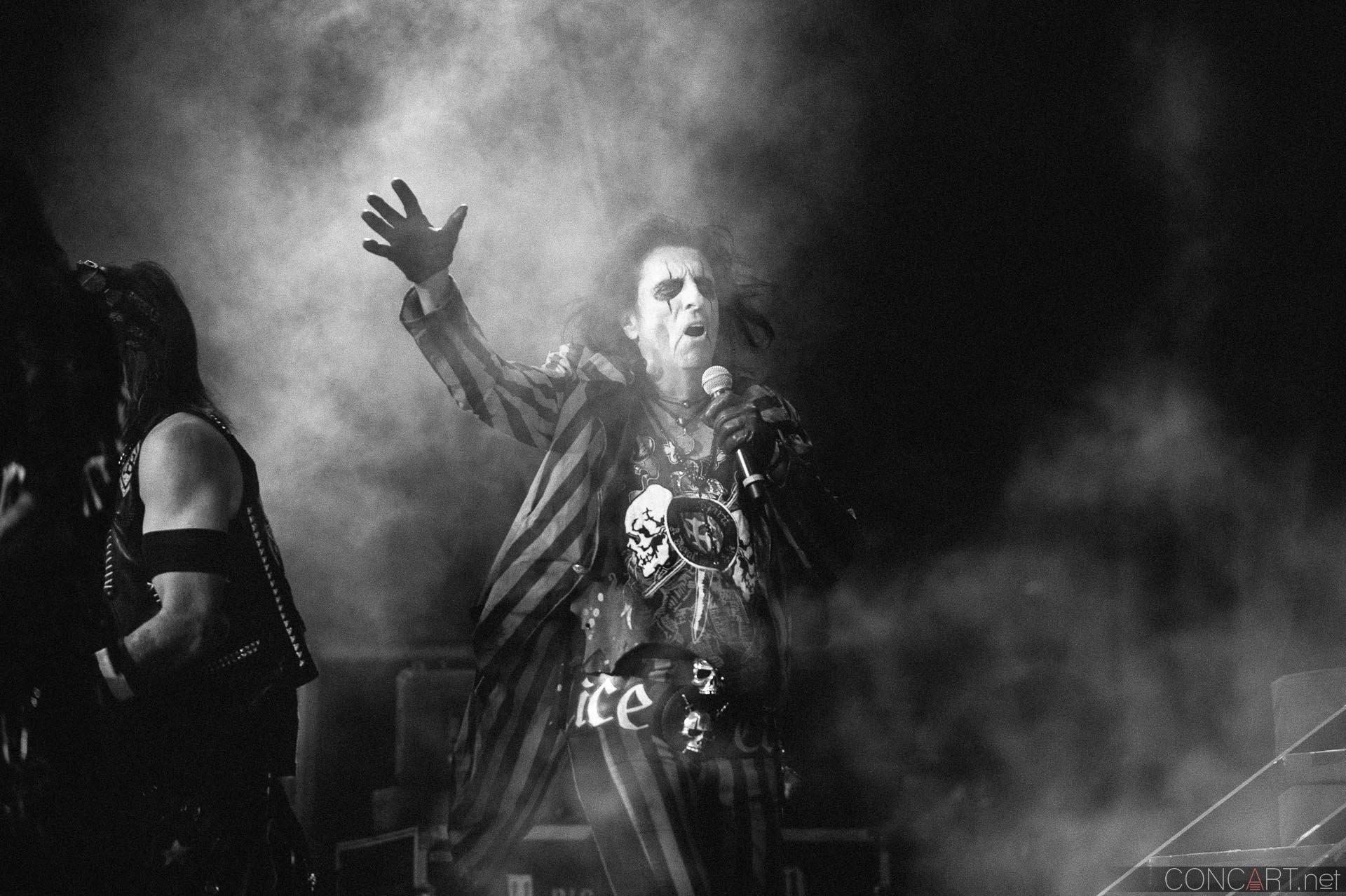 Alice Cooper photo by Sean Molin 41