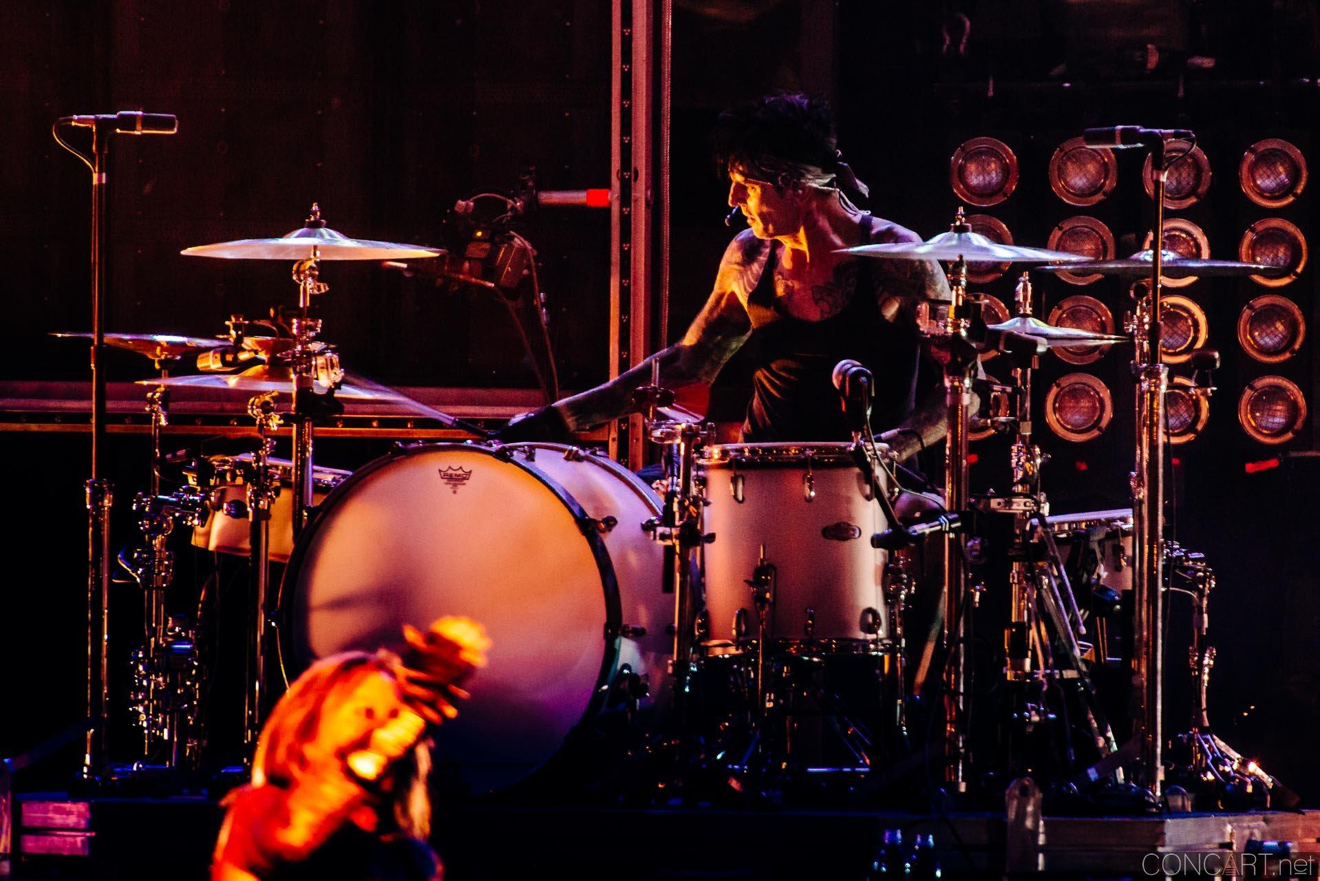 Mötley Crüe photo by Sean Molin 18