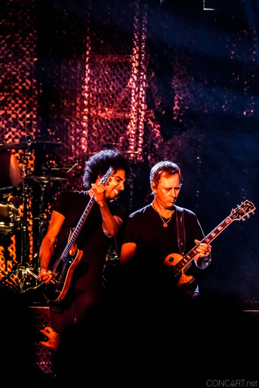 Alice In Chains photo by Sean Molin 24