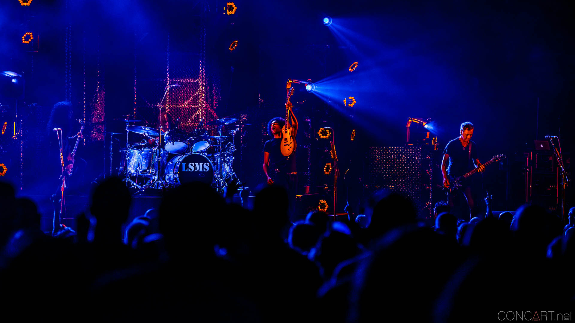 Alice In Chains photo by Sean Molin