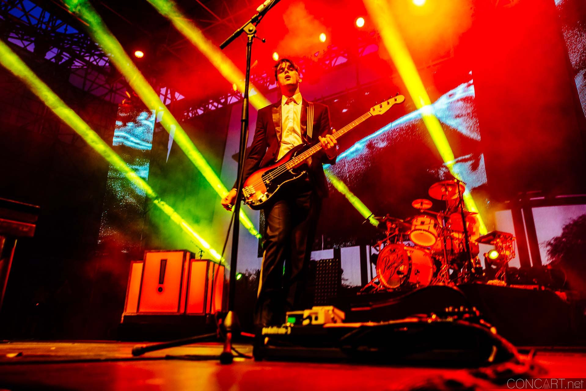Panic! At The Disco photo by Sean Molin 39