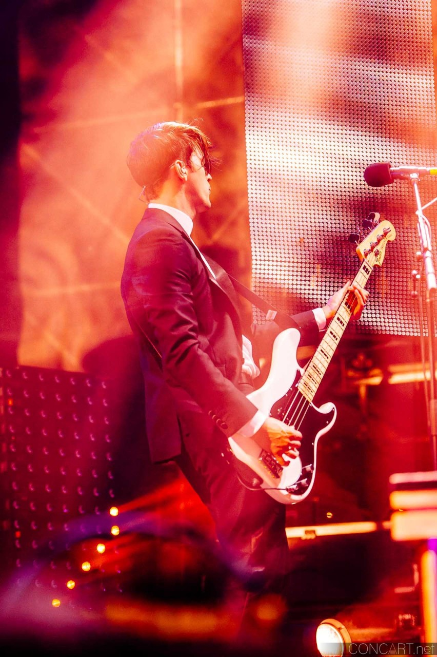 Panic! At The Disco photo by Sean Molin 14