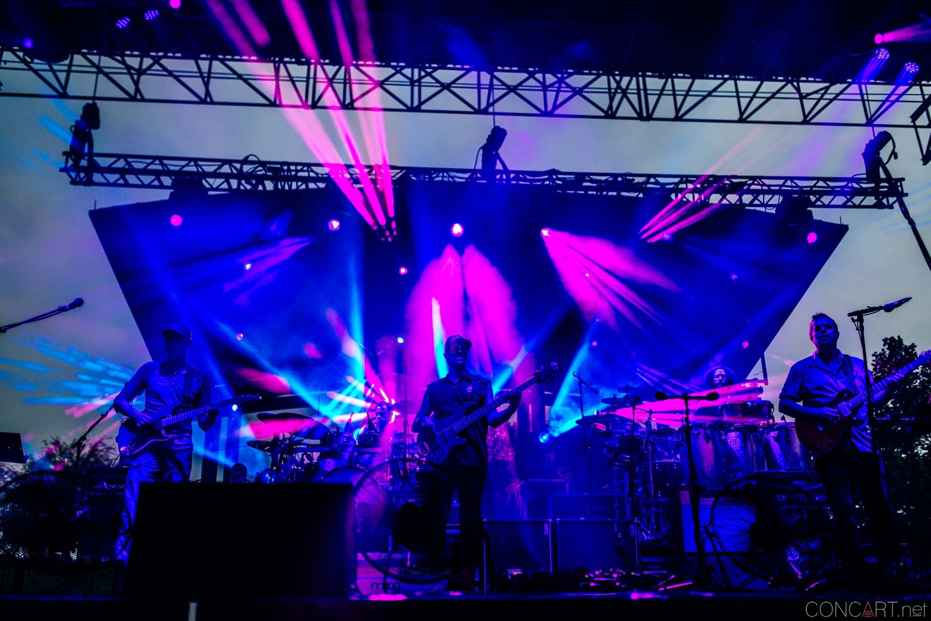 umphreys_mcgee_live_lawn_white_river_indianapolis_2014-05