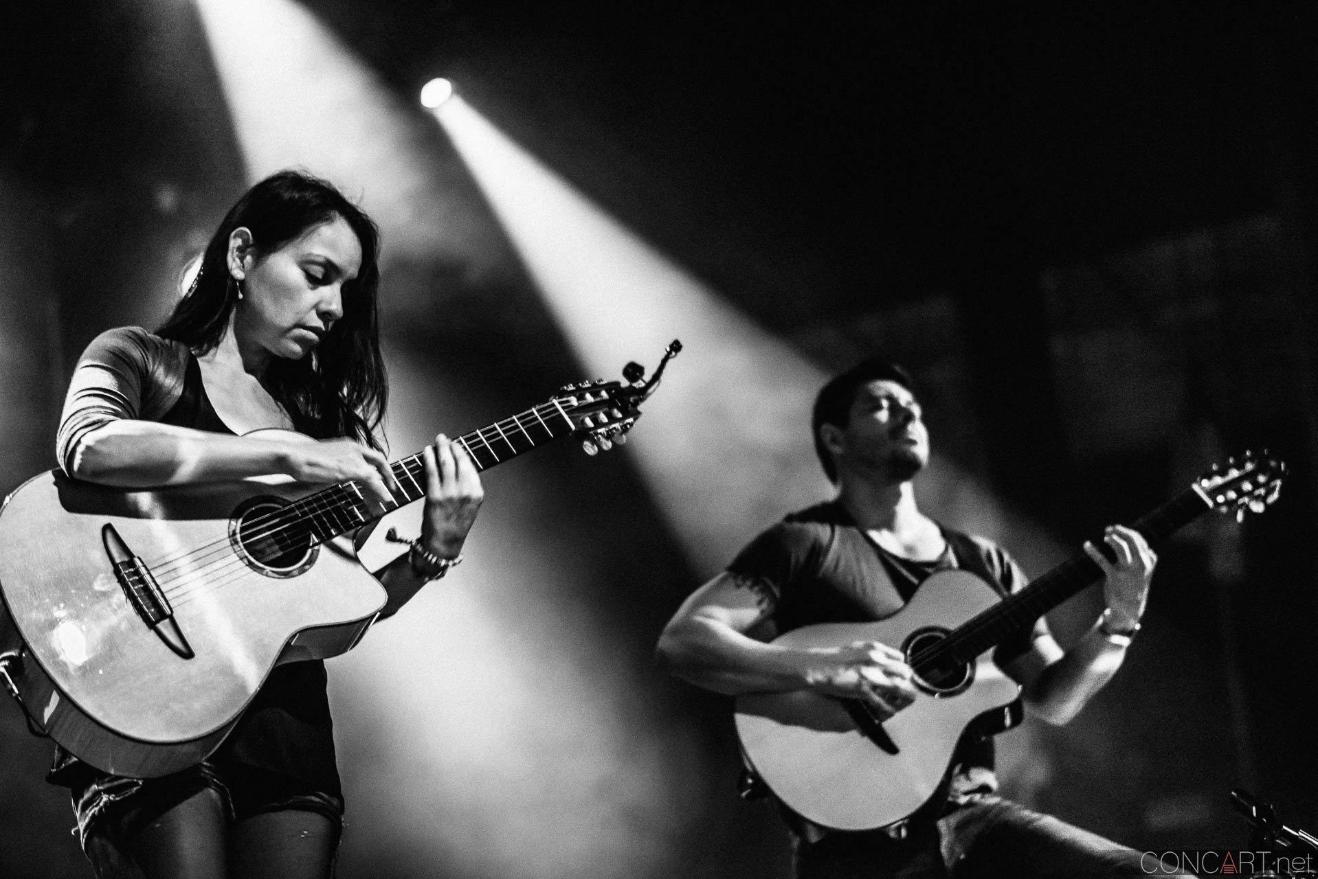 Rodrigo y Gabriela photo by Sean Molin. concART   The Art Of Live  48