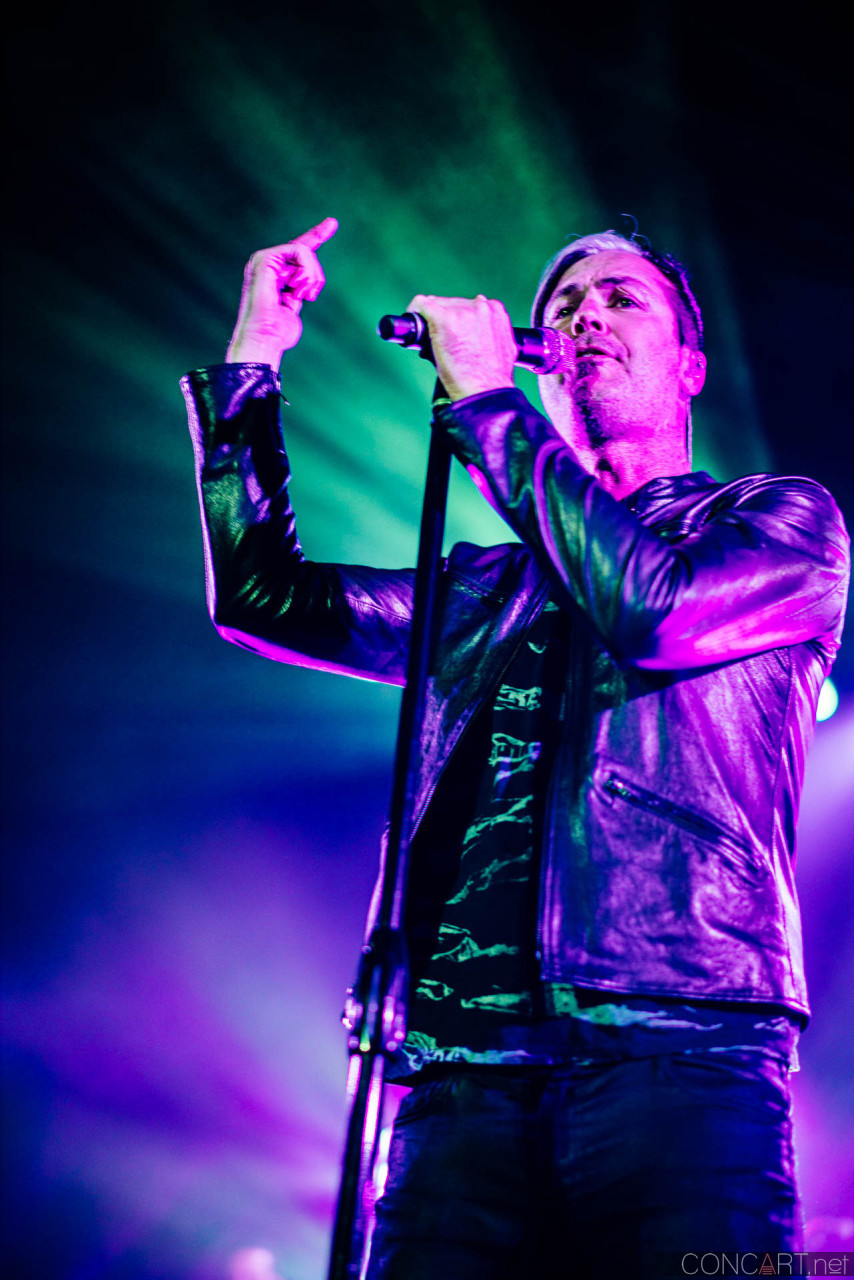 Fitz And The Tantrums photo by Sean Molin 21