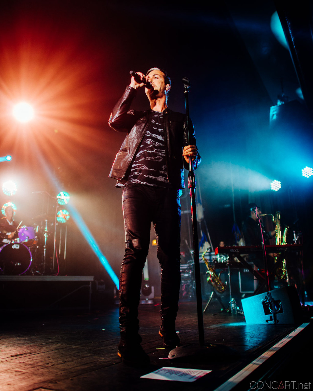 Fitz And The Tantrums photo by Sean Molin 10
