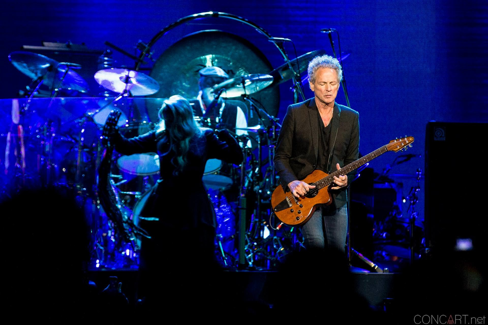 002-fleetwood-mac-live-indianapolis-bankers-life-fieldhouse-2014