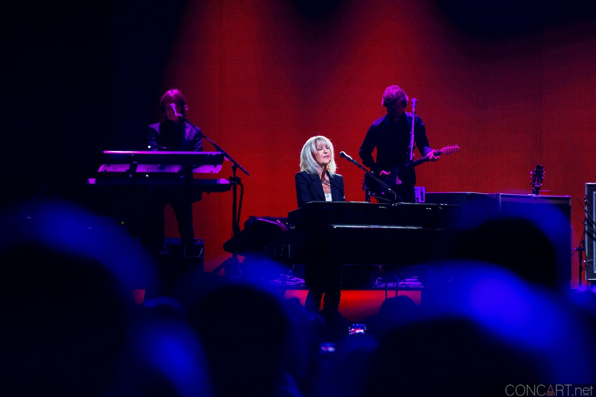 003-fleetwood-mac-live-indianapolis-bankers-life-fieldhouse-2014