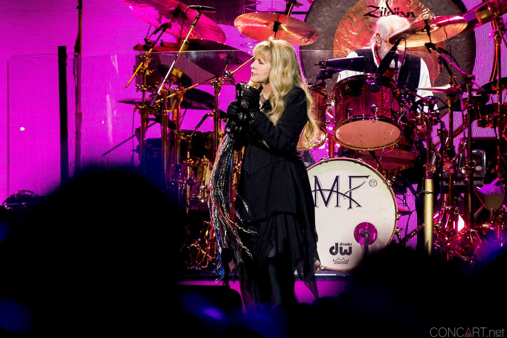 006-fleetwood-mac-live-indianapolis-bankers-life-fieldhouse-2014