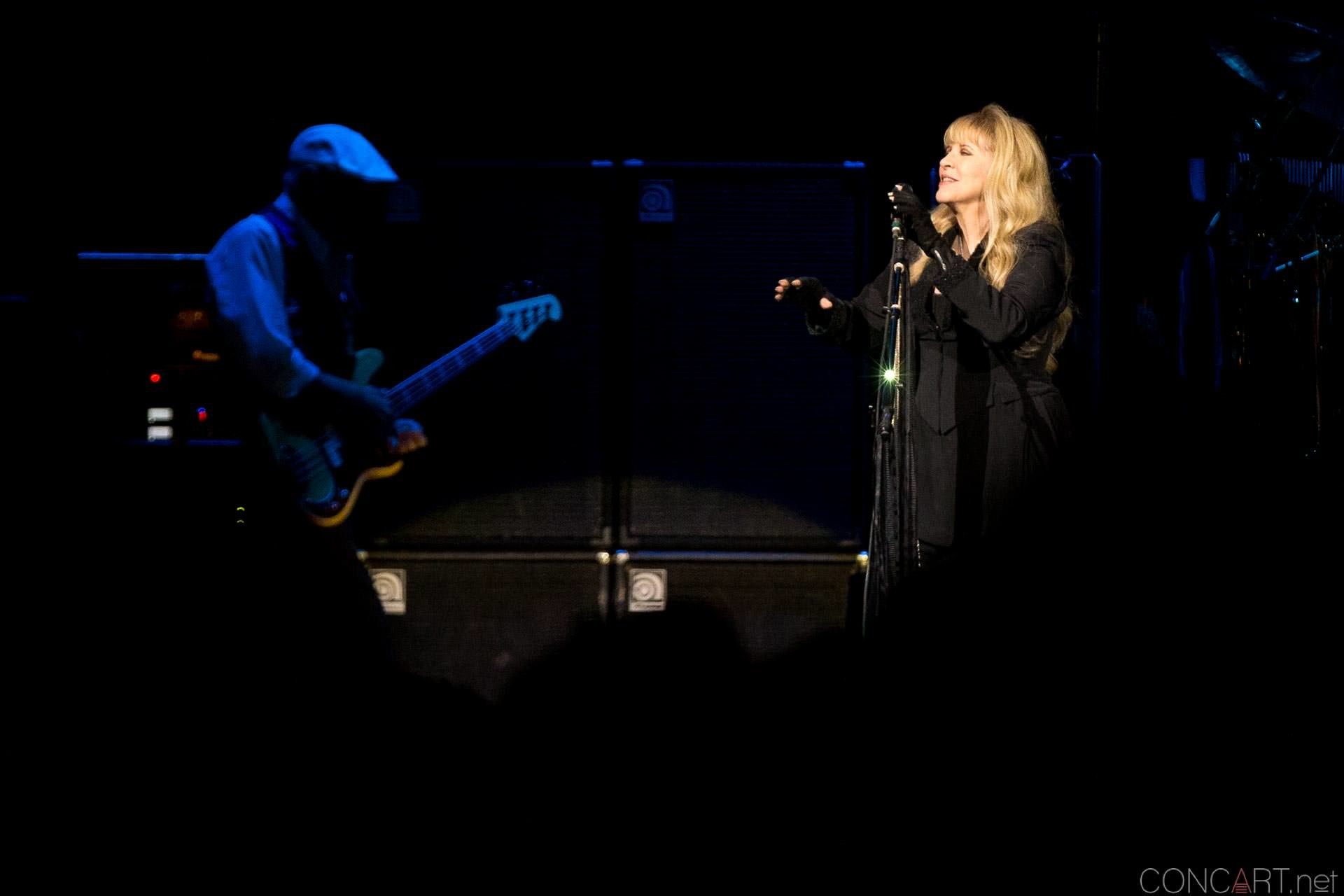 010-fleetwood-mac-live-indianapolis-bankers-life-fieldhouse-2014