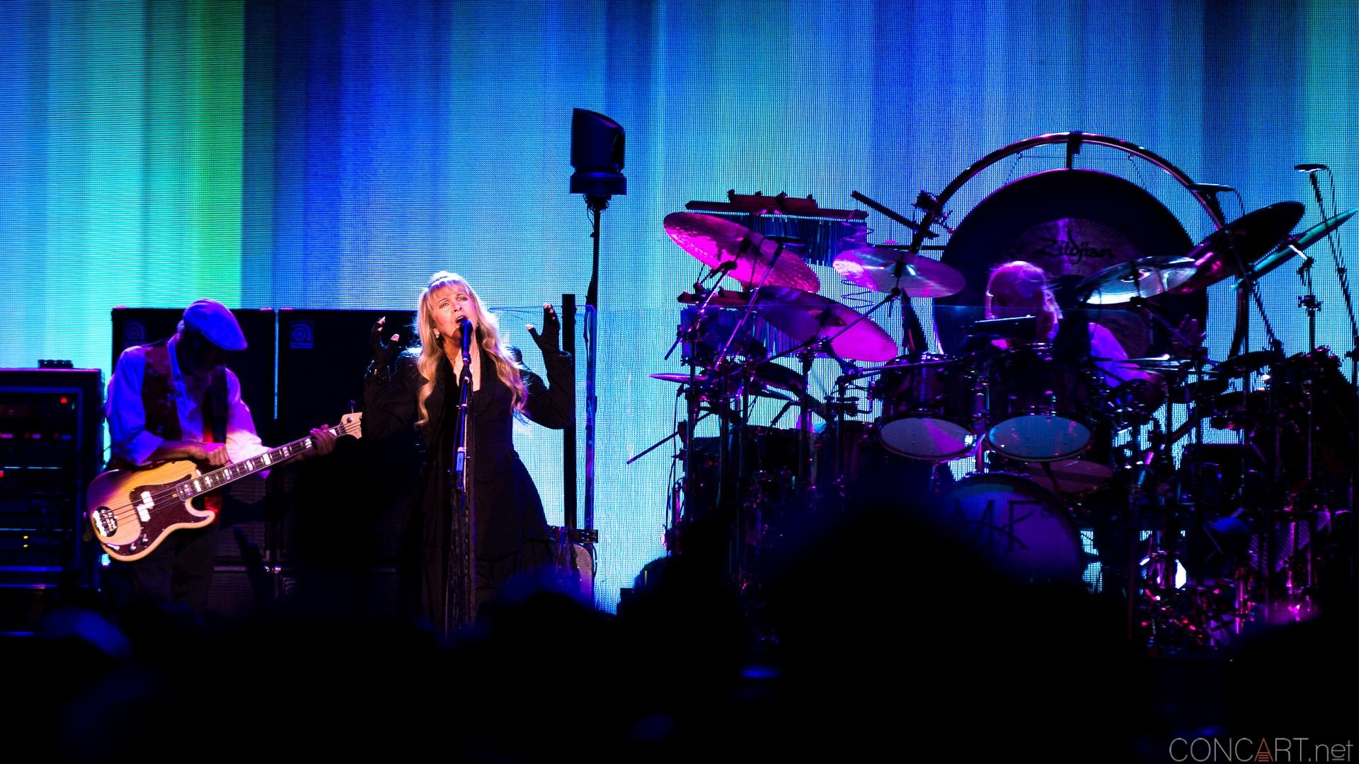 011-fleetwood-mac-live-indianapolis-bankers-life-fieldhouse-2014