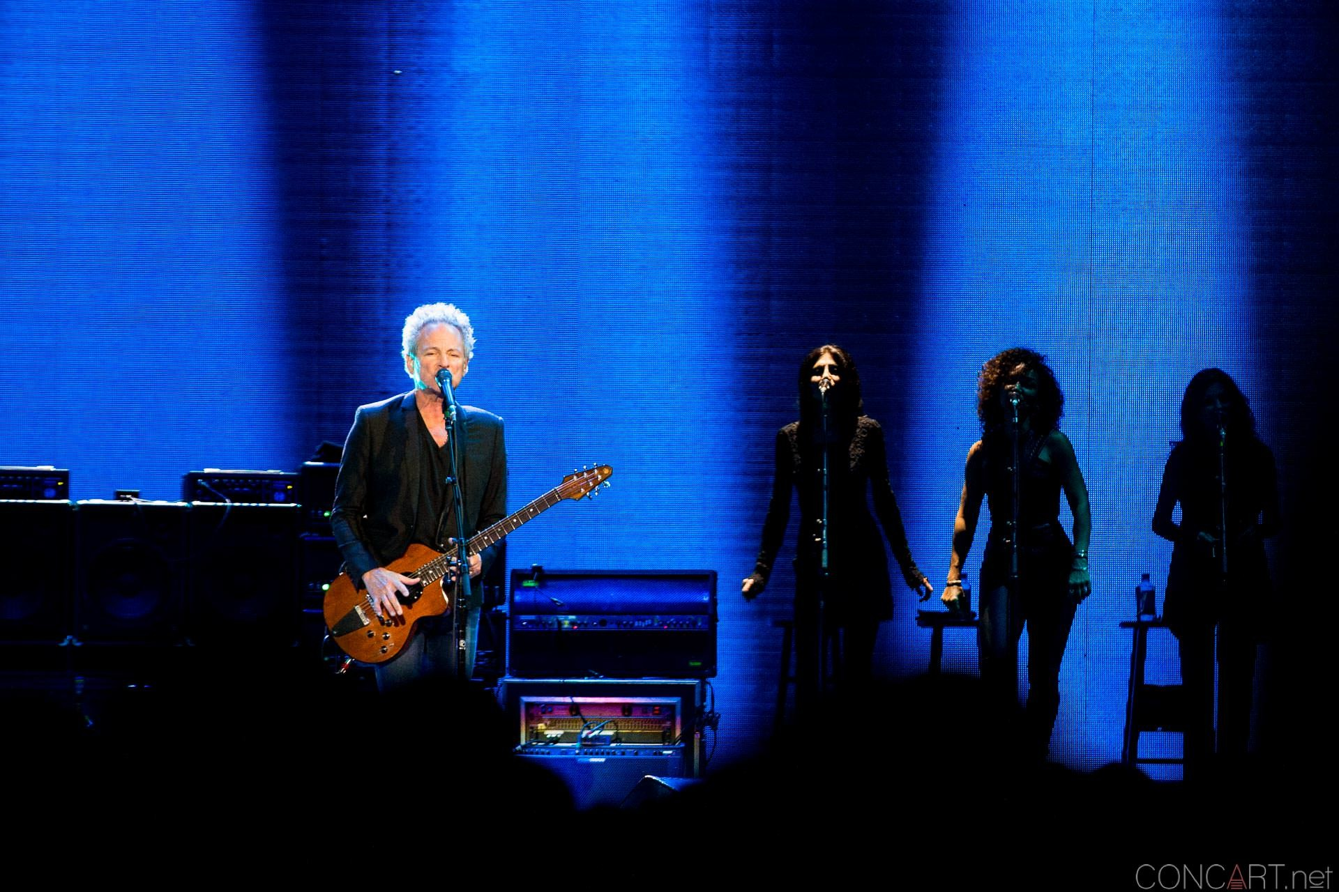 012-fleetwood-mac-live-indianapolis-bankers-life-fieldhouse-2014