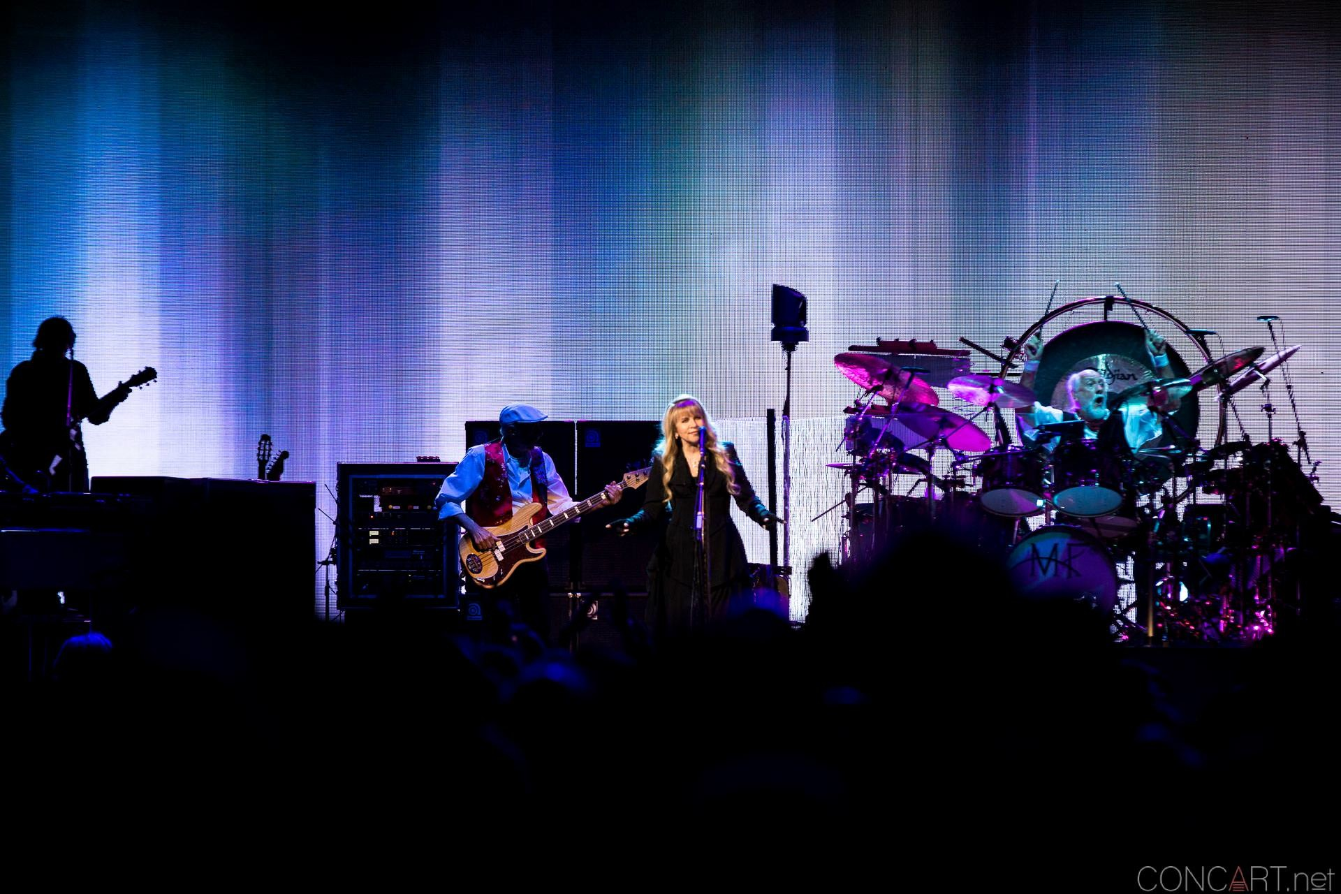 017-fleetwood-mac-live-indianapolis-bankers-life-fieldhouse-2014