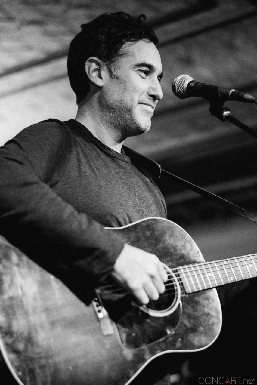 Joshua Radin photo by Sean Molin 3