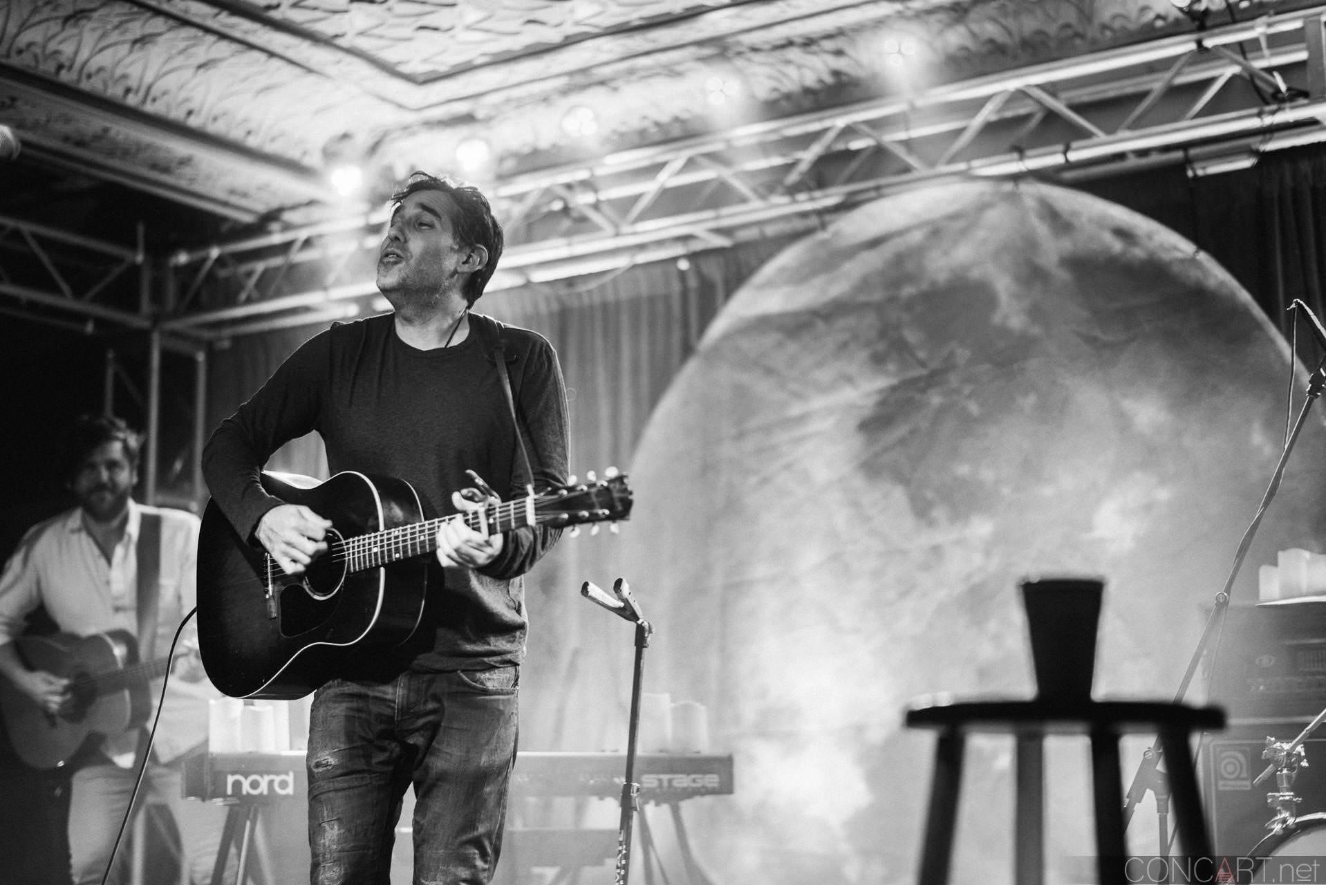 Joshua Radin photo by Sean Molin 24