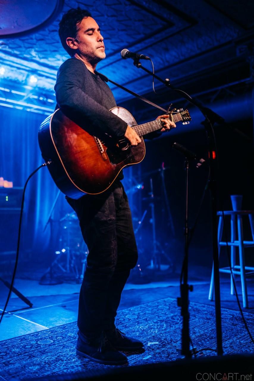 Joshua Radin photo by Sean Molin 29