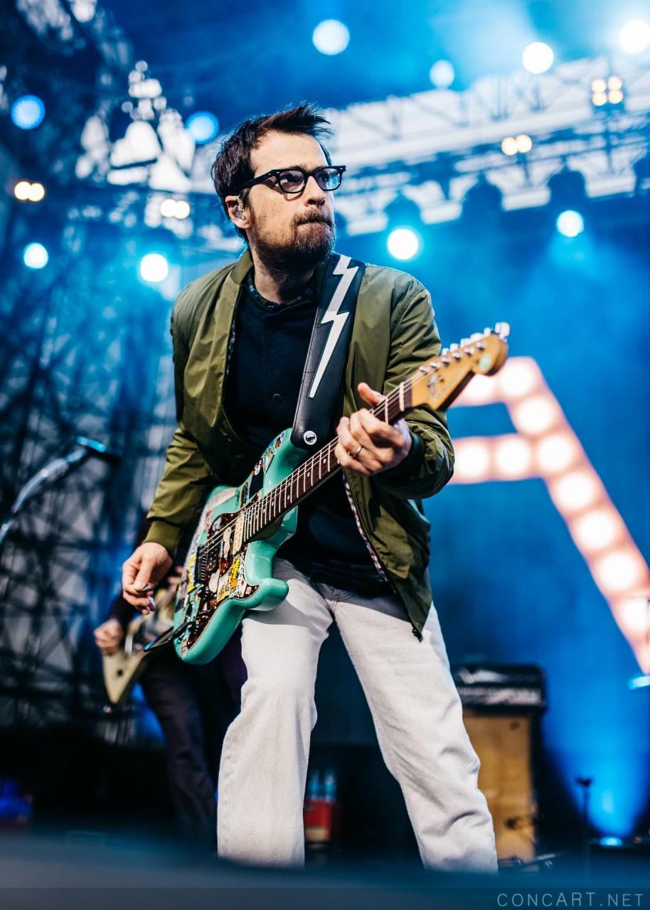 Weezer photo by Sean Molin 3