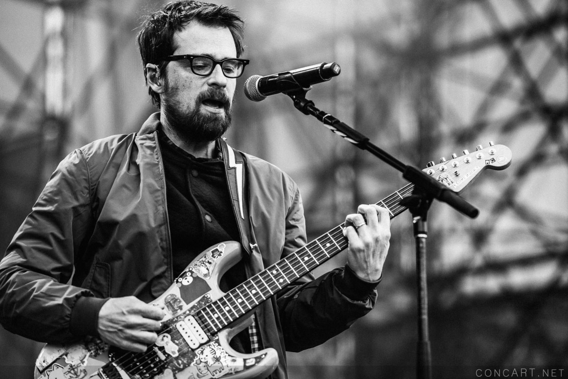 Weezer photo by Sean Molin 10