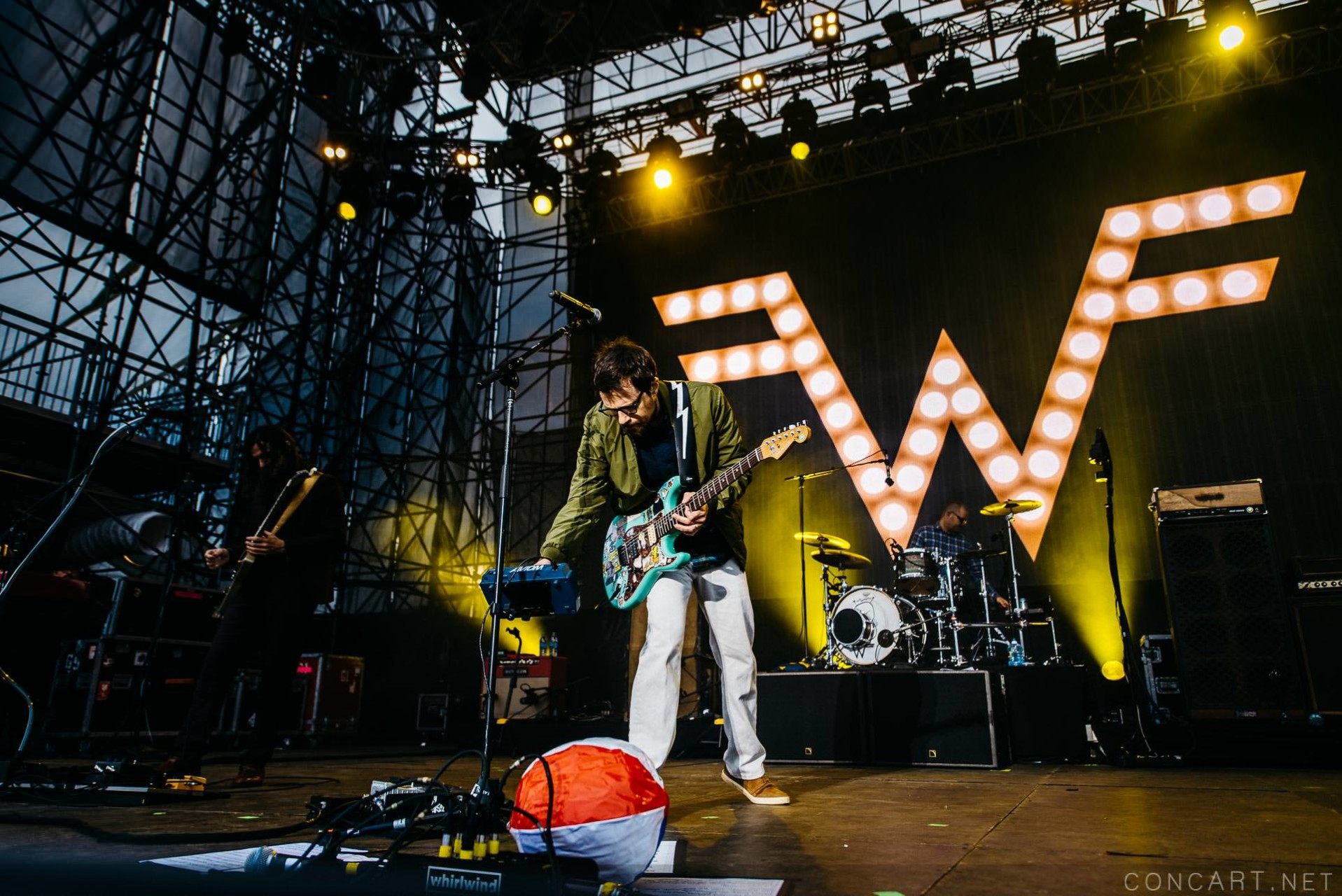 Weezer photo by Sean Molin 11