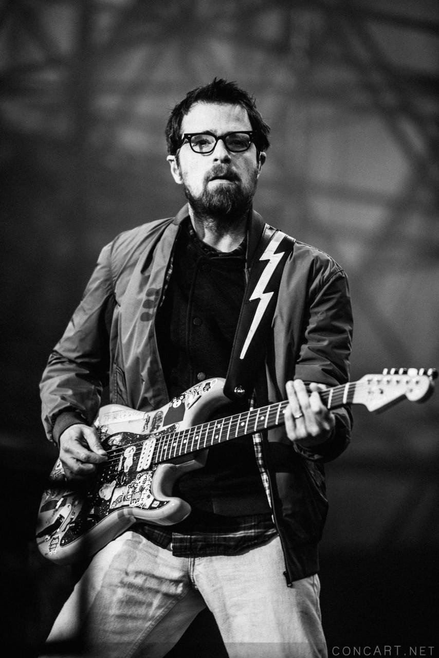 Weezer photo by Sean Molin 15
