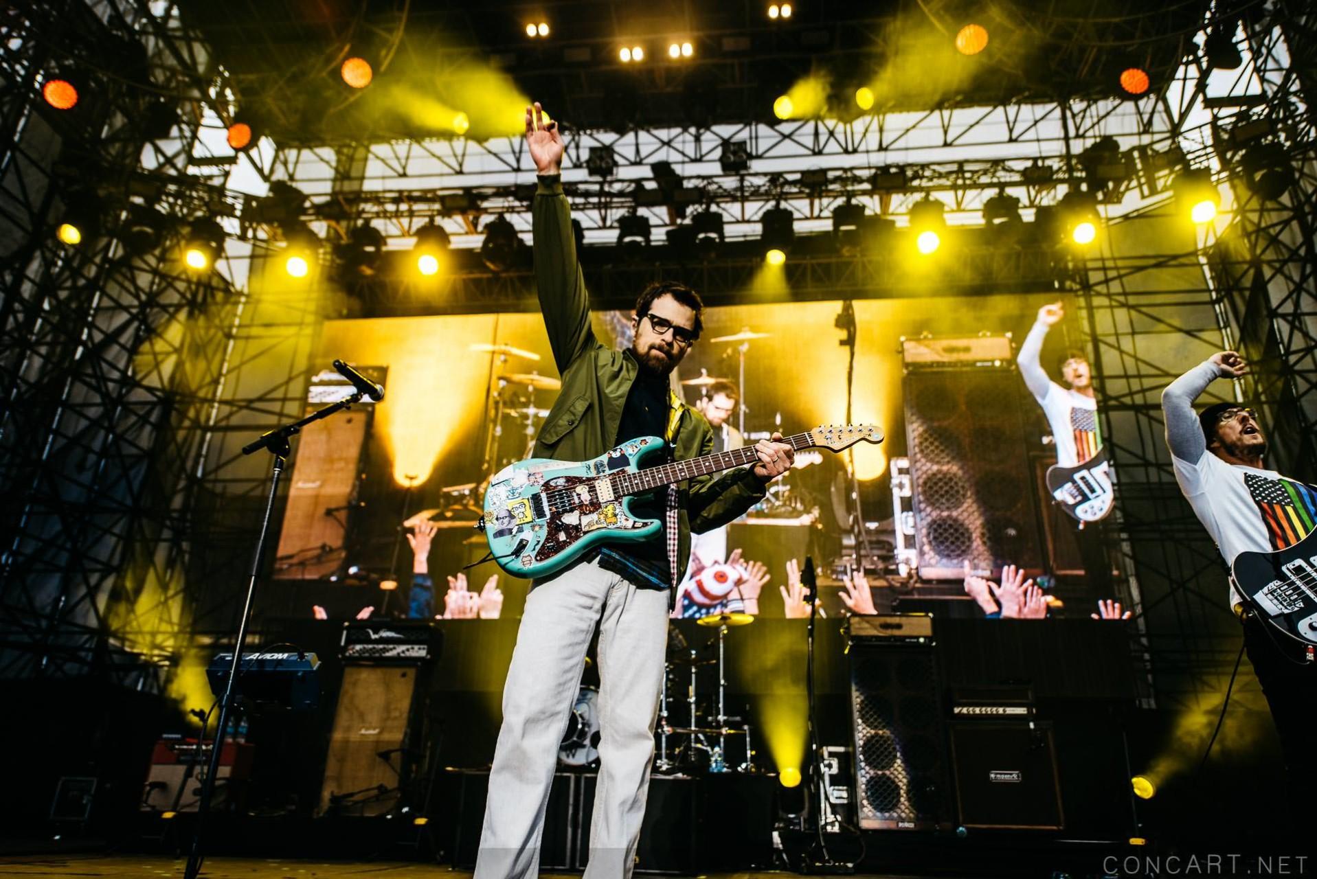 Weezer photo by Sean Molin 20