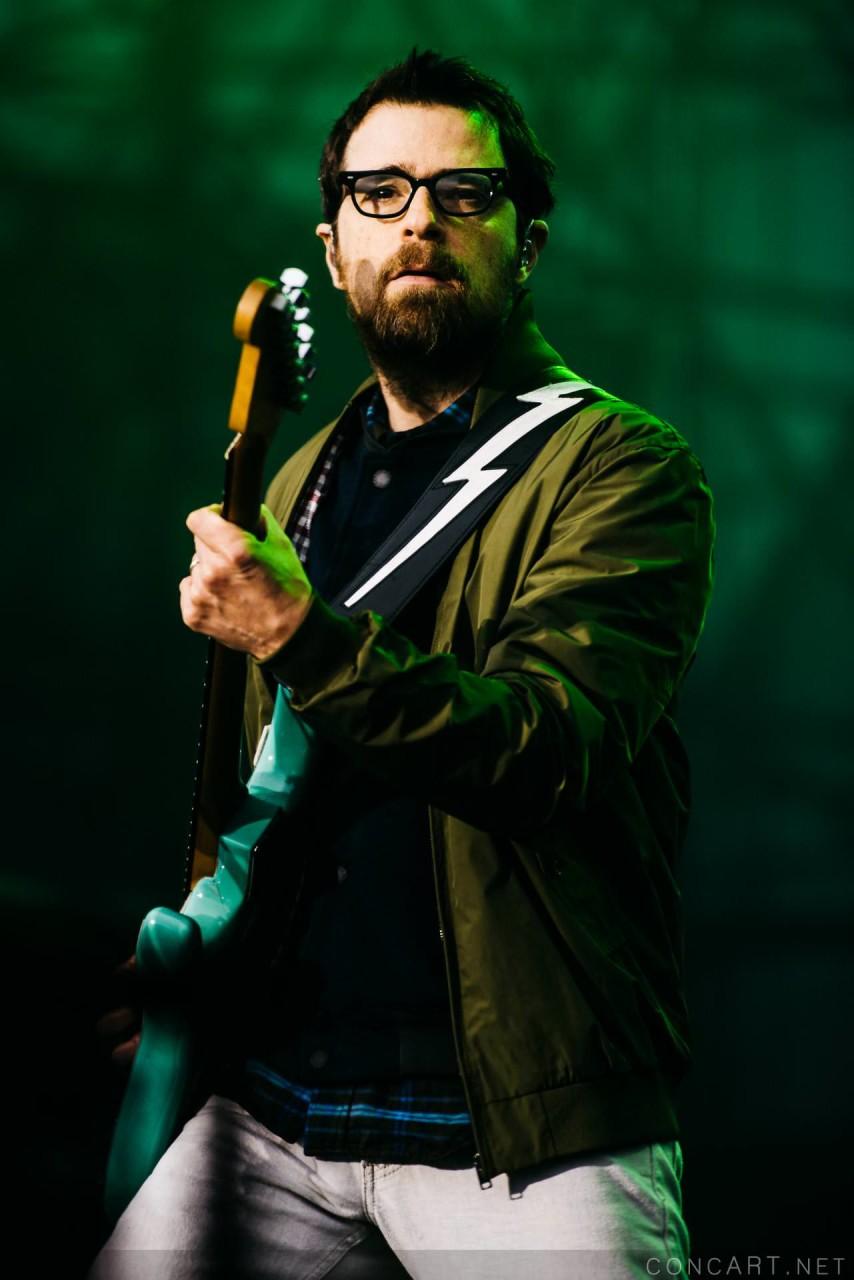 Weezer photo by Sean Molin 30