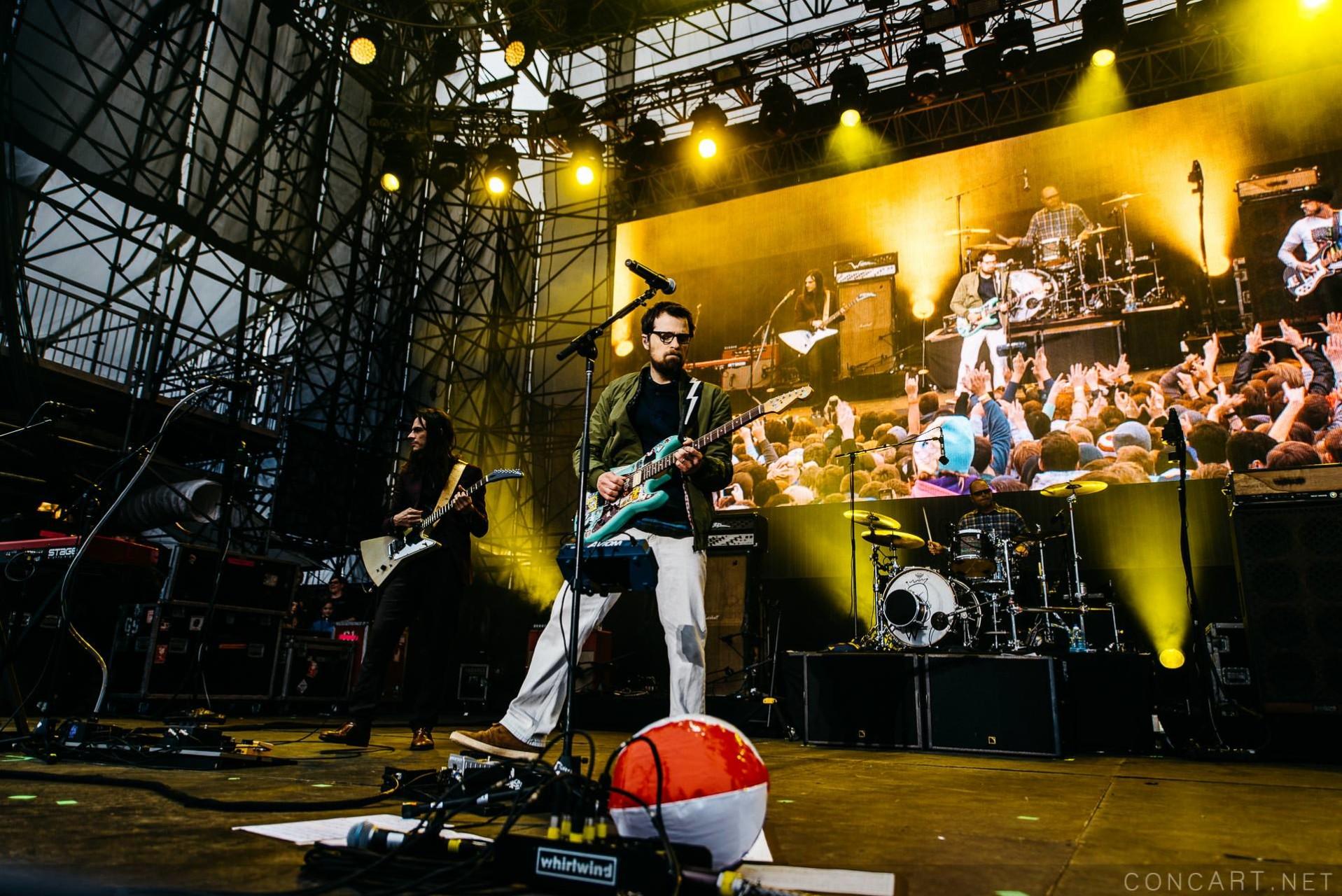 Weezer photo by Sean Molin 39