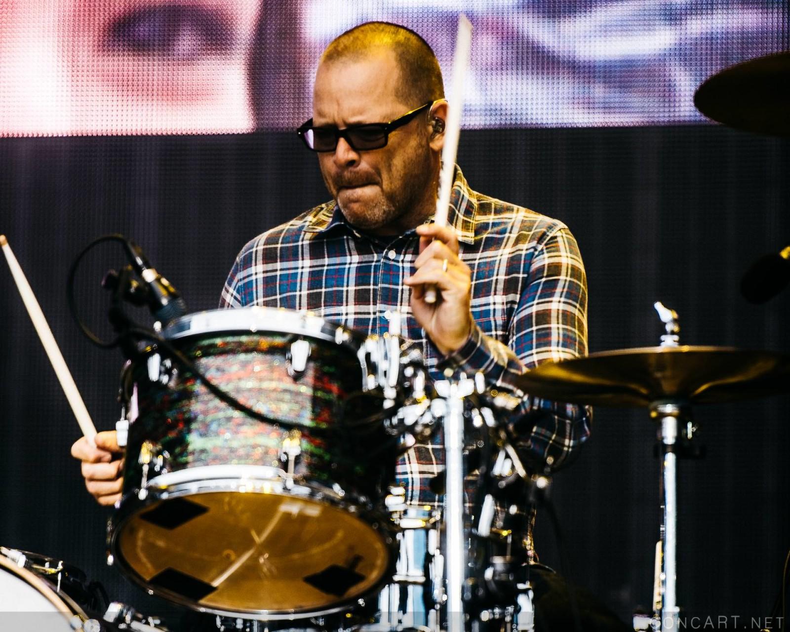 Weezer photo by Sean Molin 42