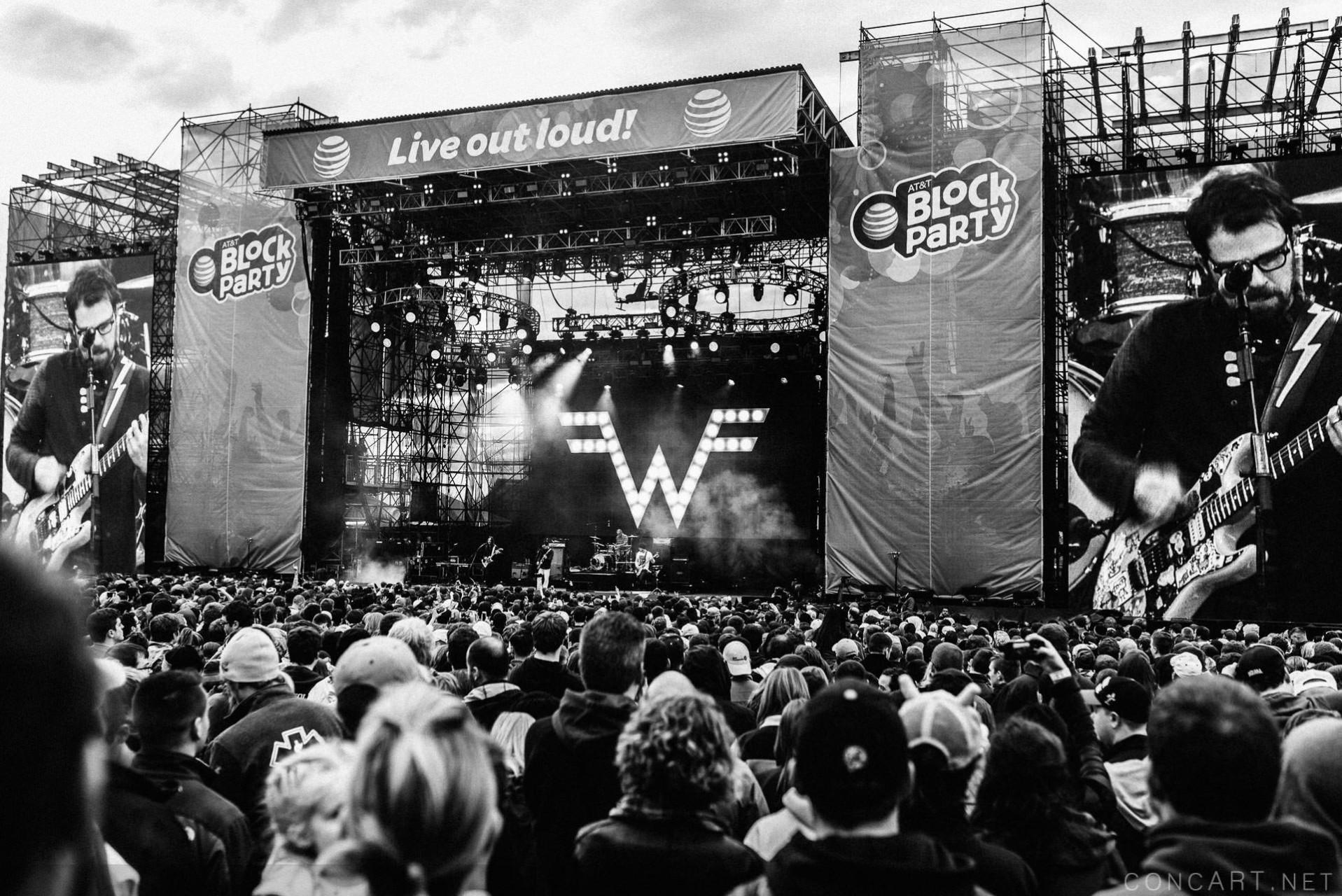 Weezer photo by Sean Molin 43